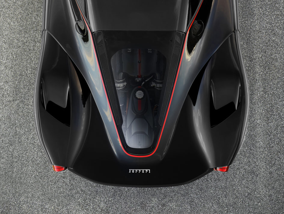 LaFerrari Aperta - 2016 - top under the hood