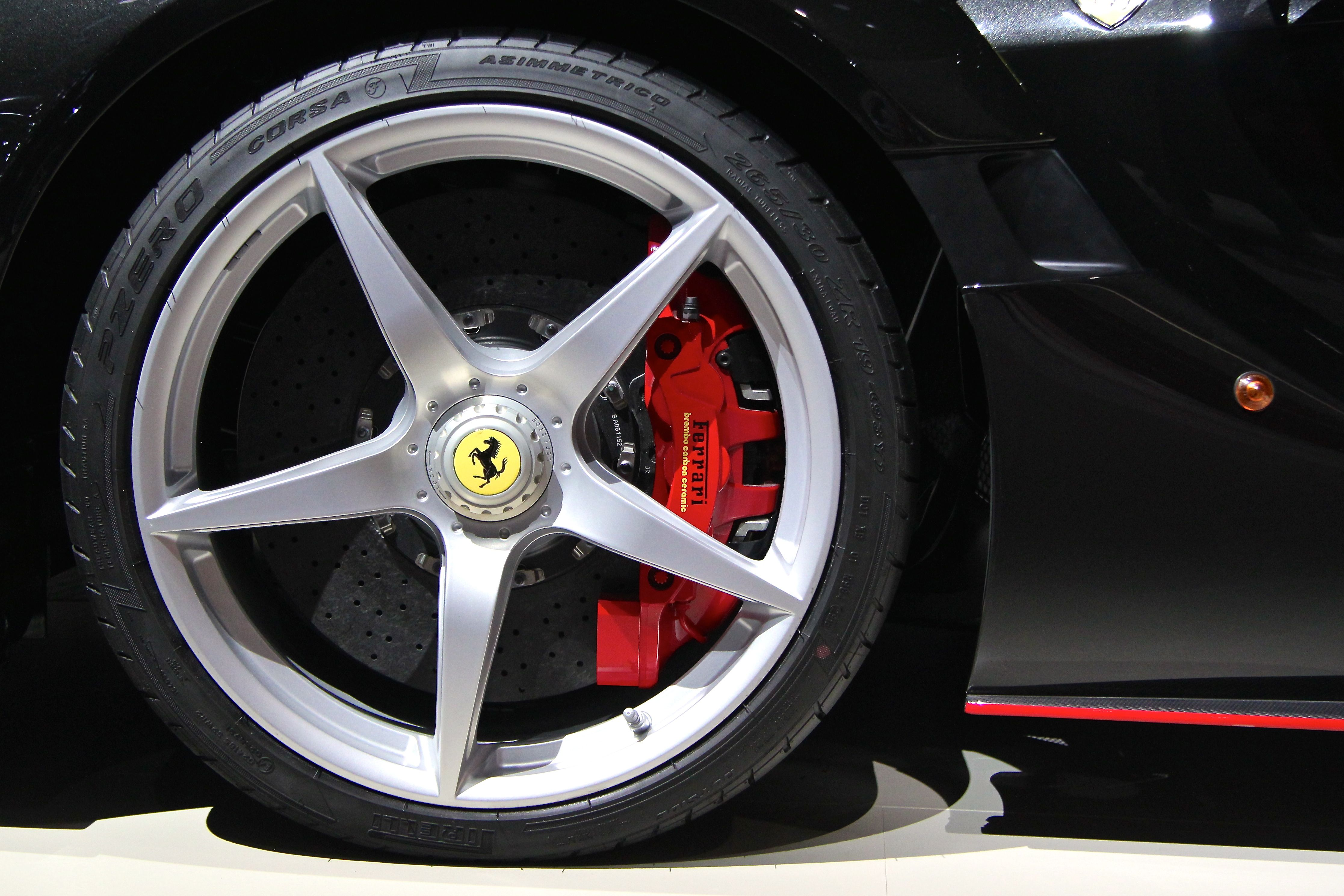 LaFerrari Aperta - 2016 - wheel / jante - 2016 - Mondial Auto - photo Ludo Ferrari