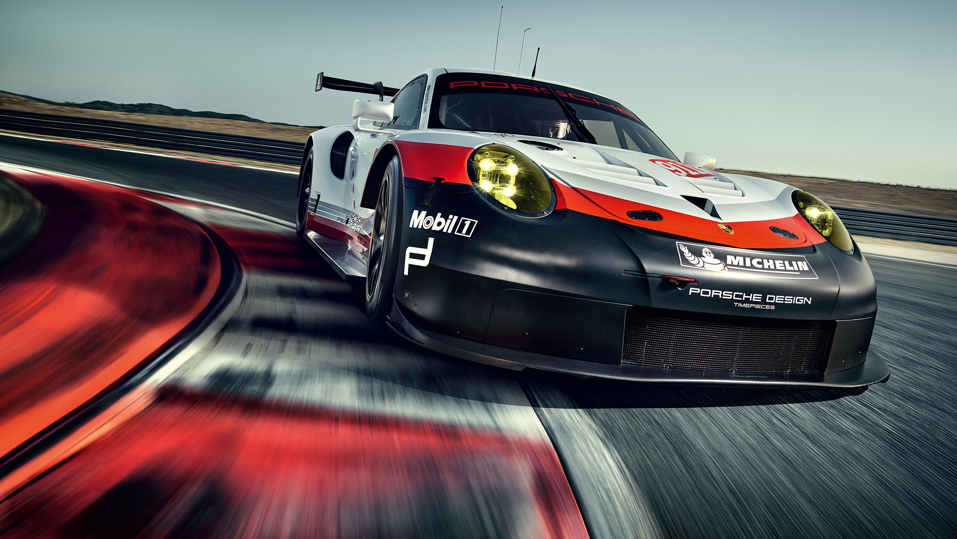 Porsche 911 RSR - 2017 - front-face / face avant - on track / sur circuit