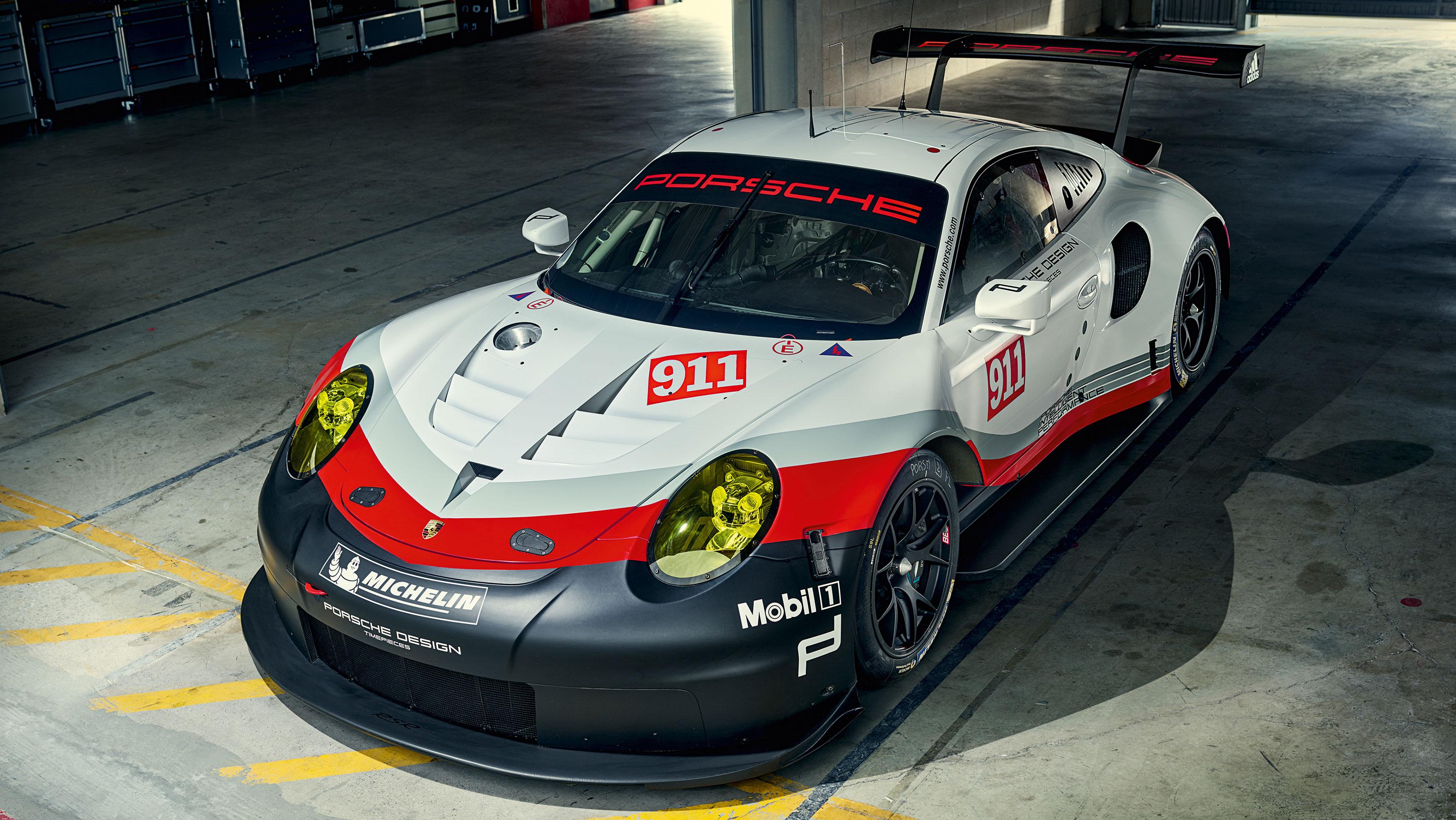 Porsche 911 RSR - 2017 - front / avant