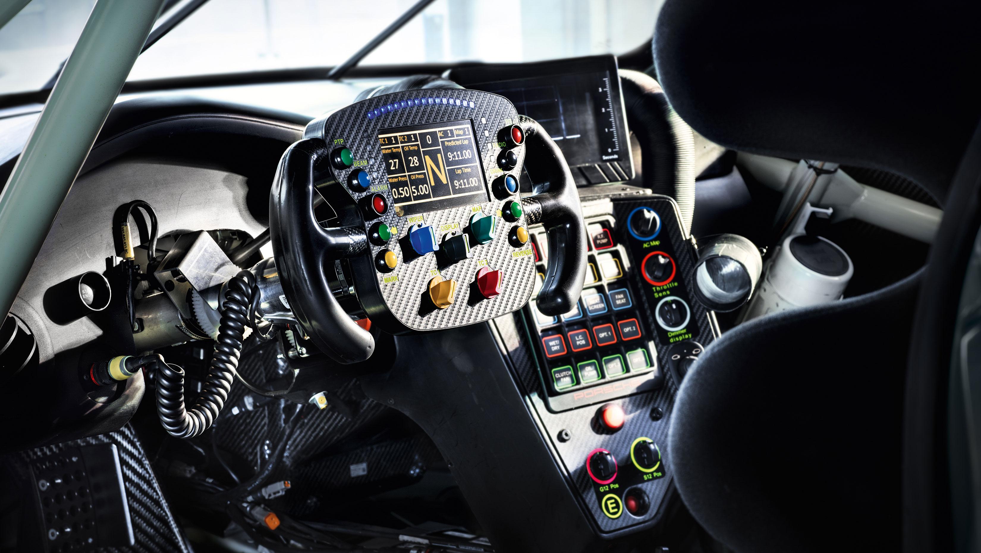 Porsche 911 RSR - 2017 - onboard