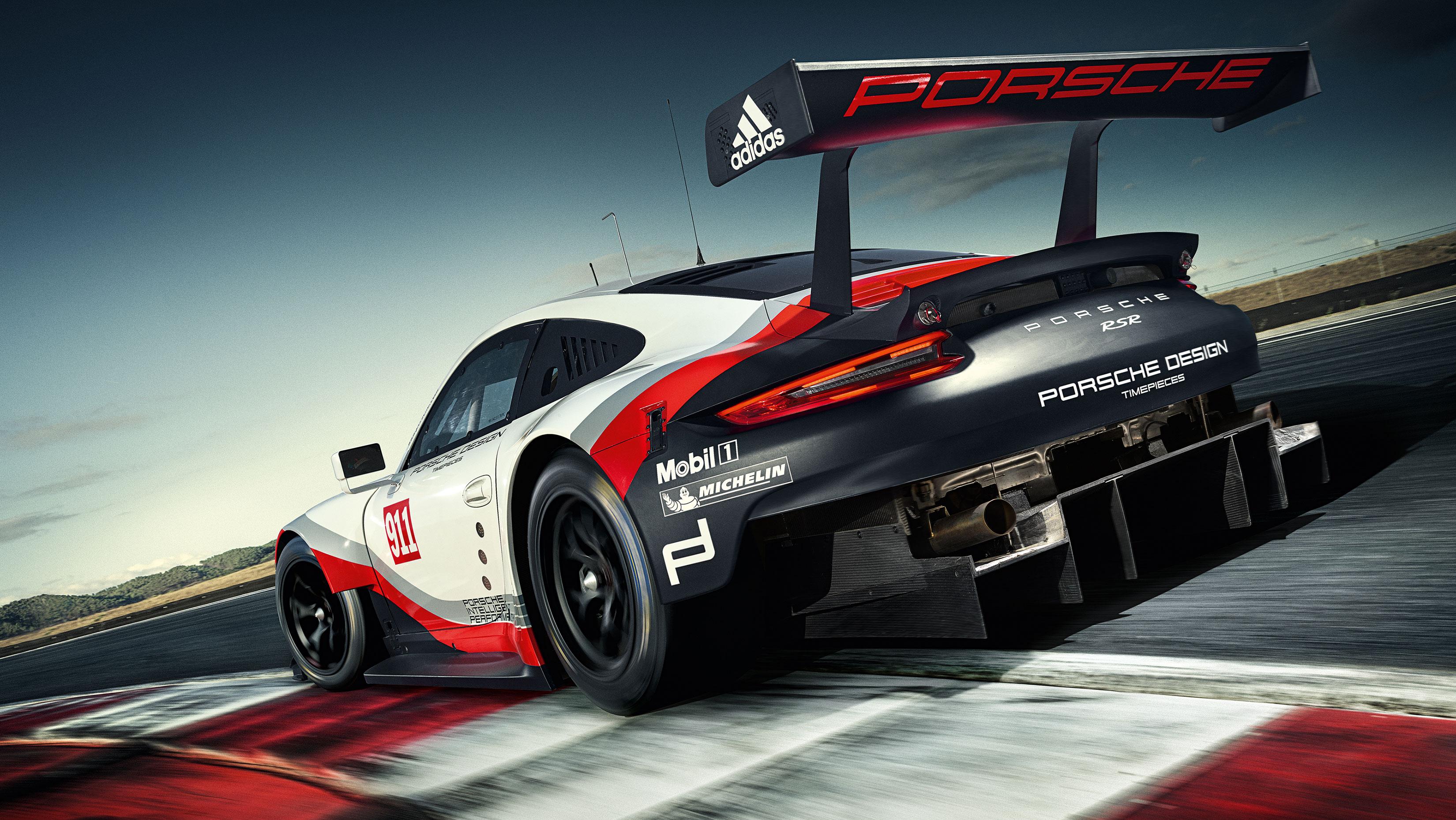 Porsche 911 RSR - 2017 - rear / arrière - on track / sur circuit