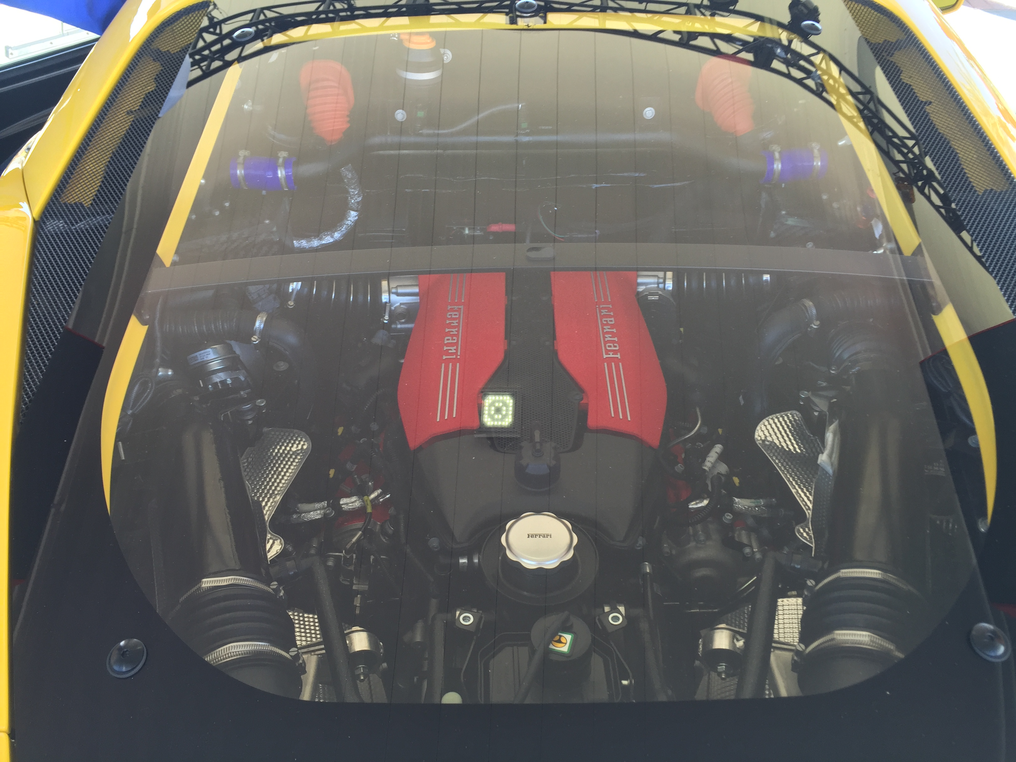 Ferrari 488 Challenge - 2017 - under the hood - V8 - moteur / engine