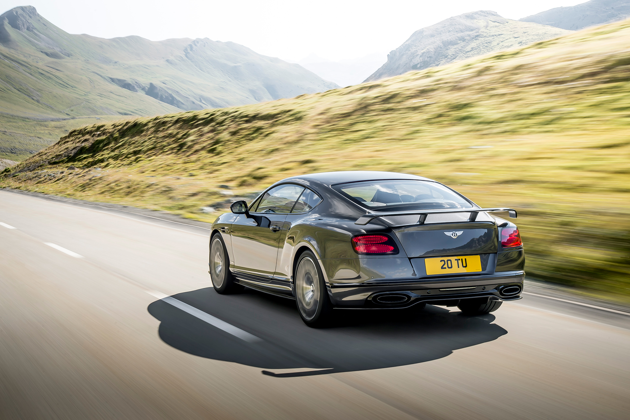 Continental Supersports - 2017 - rear road