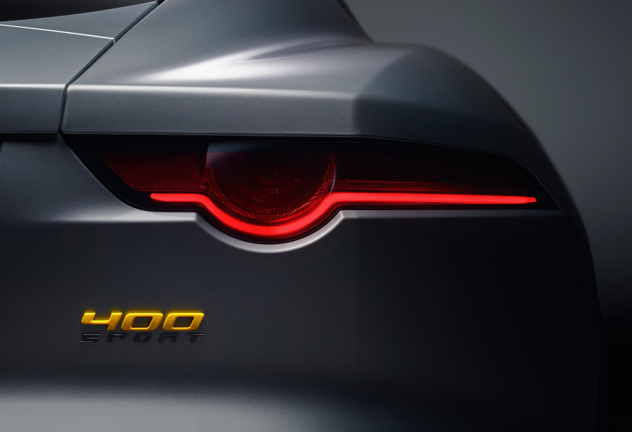 Jaguar F-TYPE 400 Sport - 2017 - rear light / optique arrière