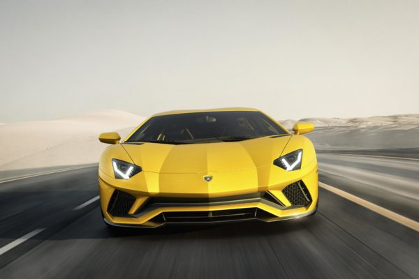 Lamborghini Aventador S - front / avant