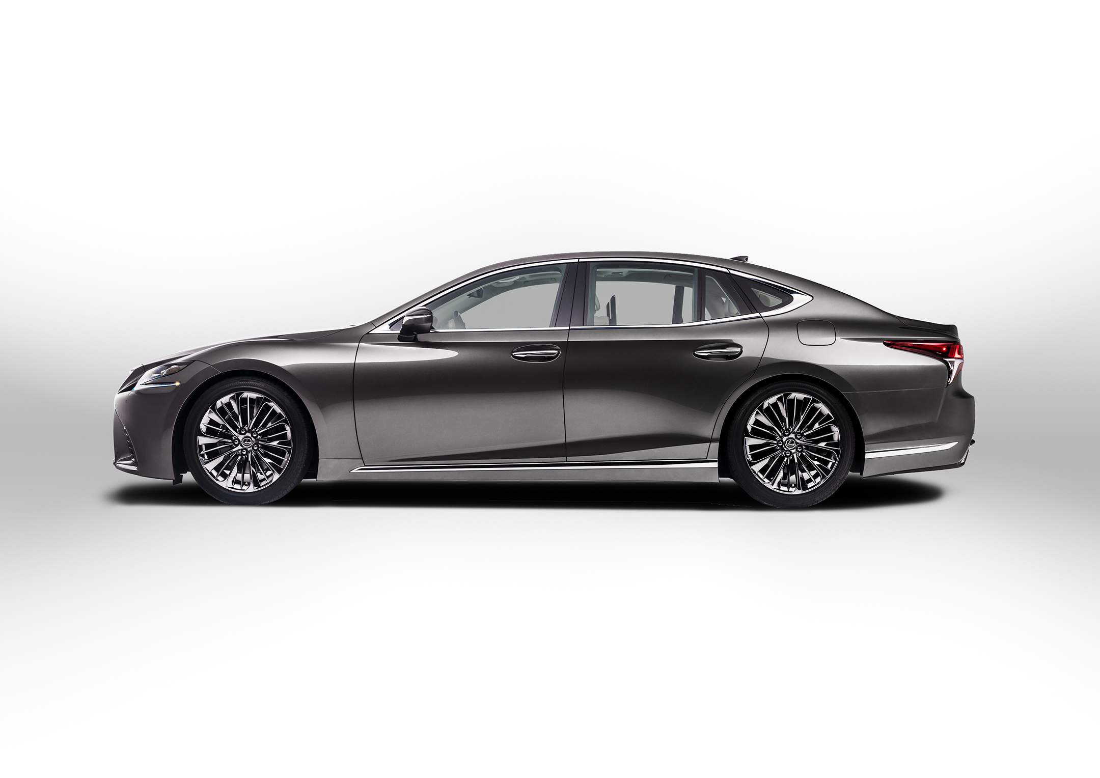 Lexus LS 500 - 2018 - side-face / profil