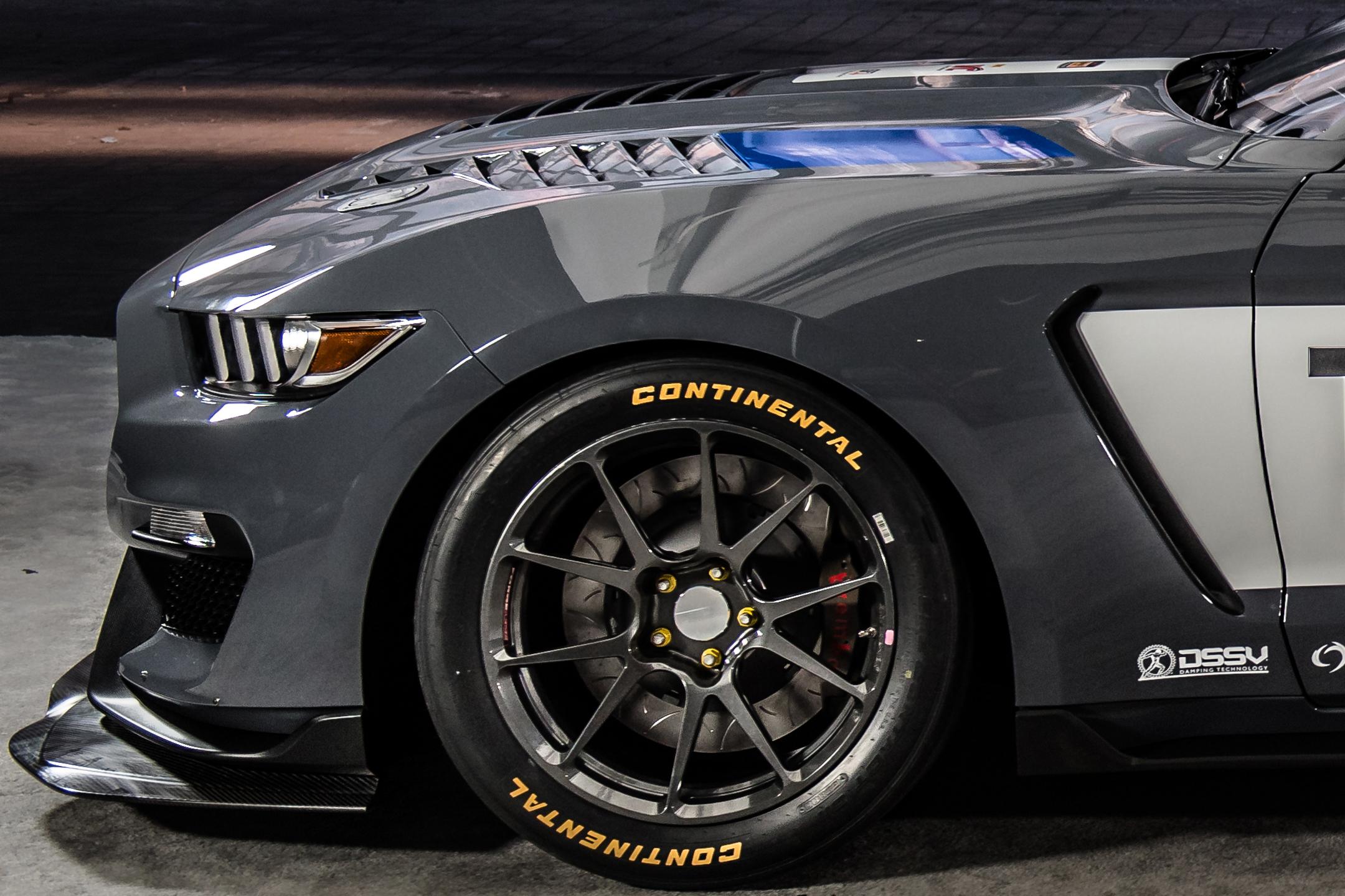 Mustang GT4 - 2017 - front wheel / roue avant
