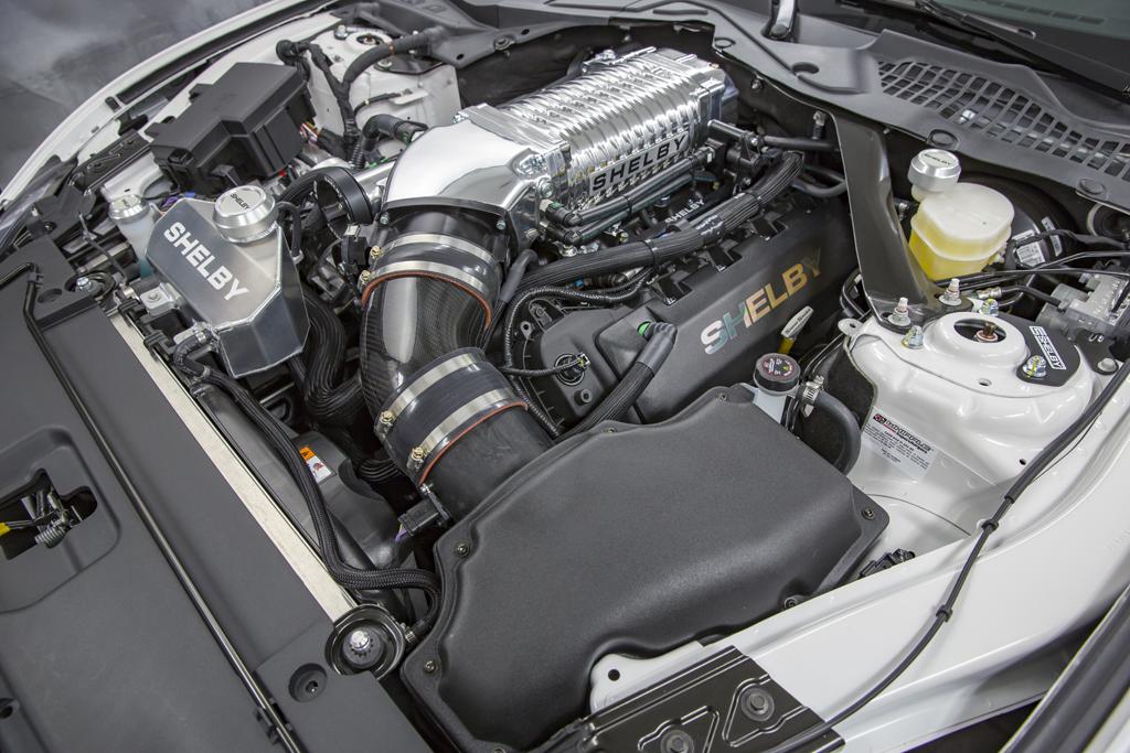 Shelby Super Snake - 2017 - under the hood / engine - moteur