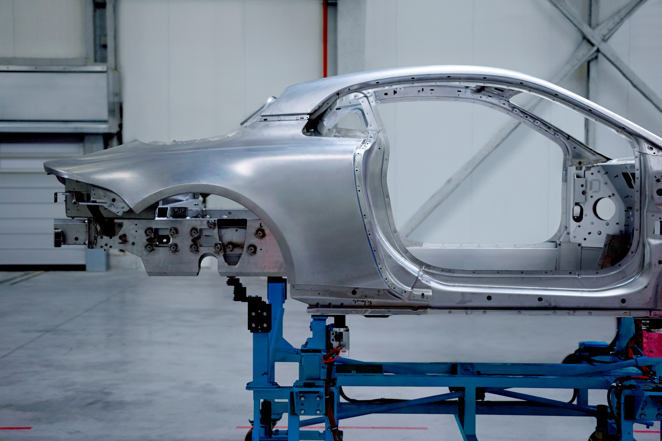 Alpine A110 - 2017 - chassis teaser