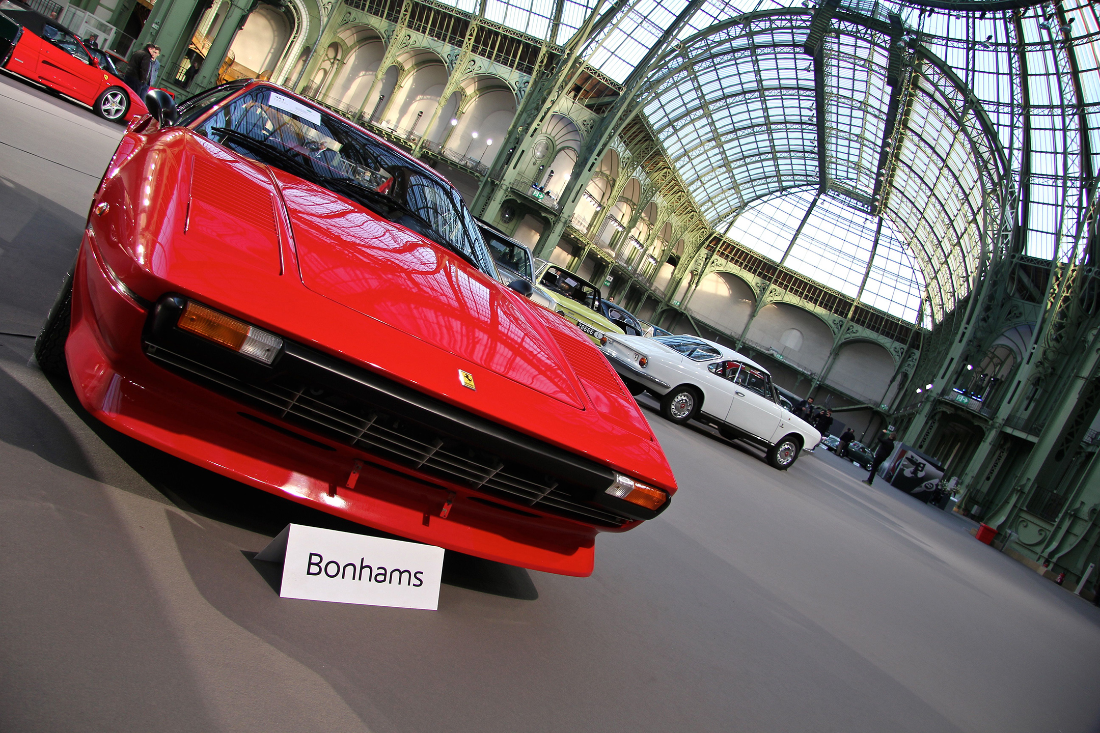 Ferrari 208 GTB 1981 - Bonhams 2017 - hall - Grand Palais - photo - Ludo Ferrari