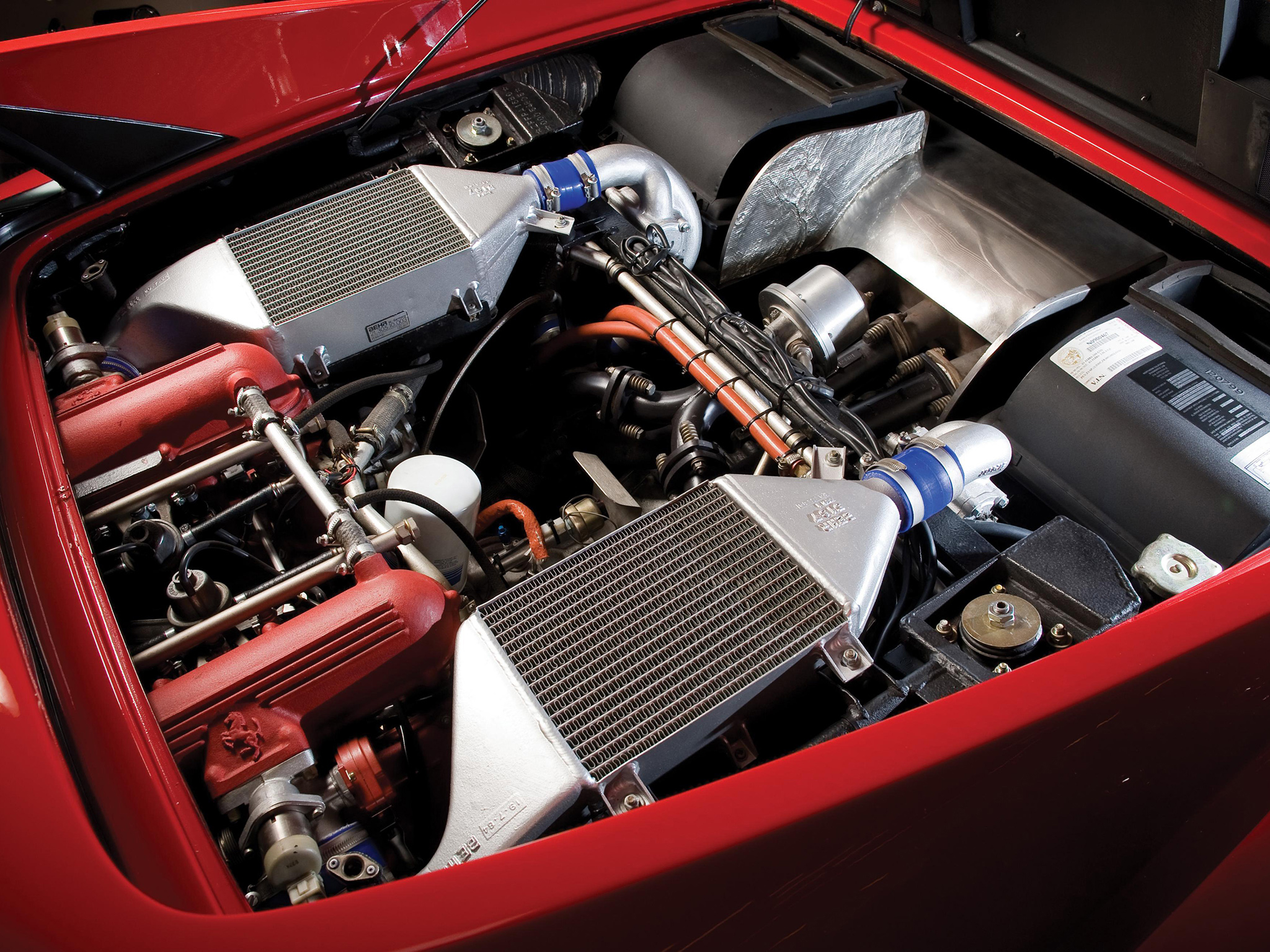 Ferrari 288 GTO Evoluzione - V8 - under the hood