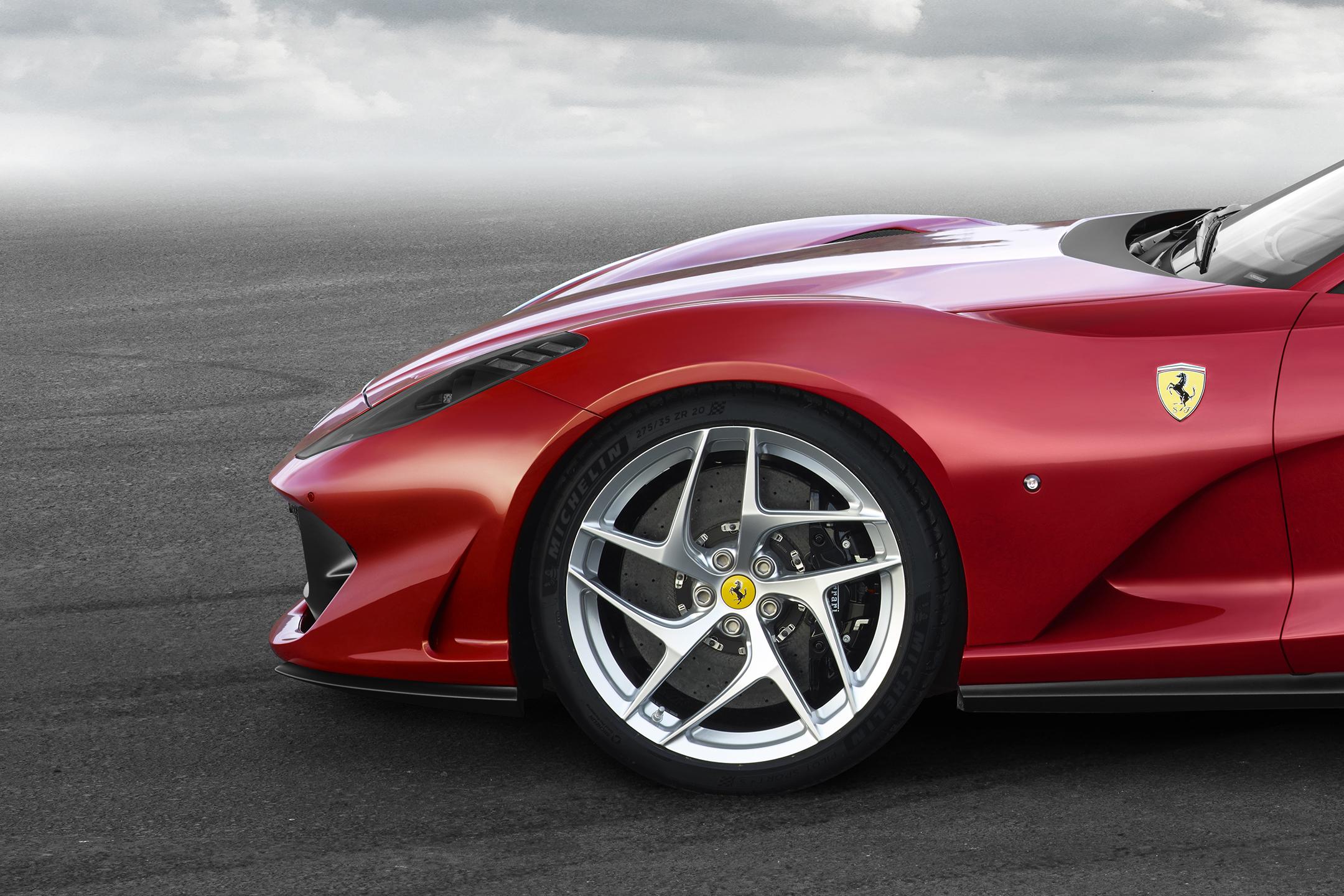 Ferrari 812 Superfast - 2017 - jante avant / front wheel