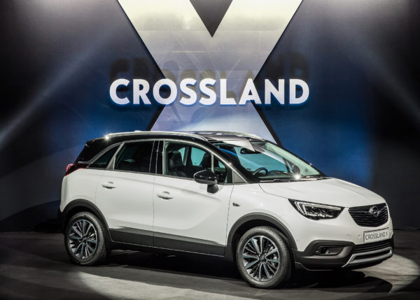 Opel Crossland X - 2017 - live reveal - cover