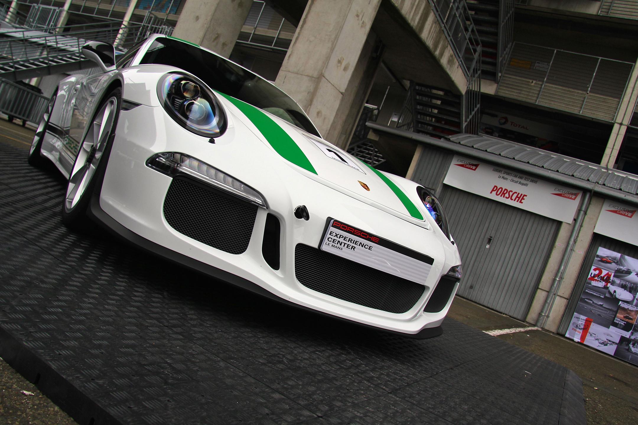 Porsche 911 R - green stripes - Exclusive Drive 2017 - photo Ludo Ferrari