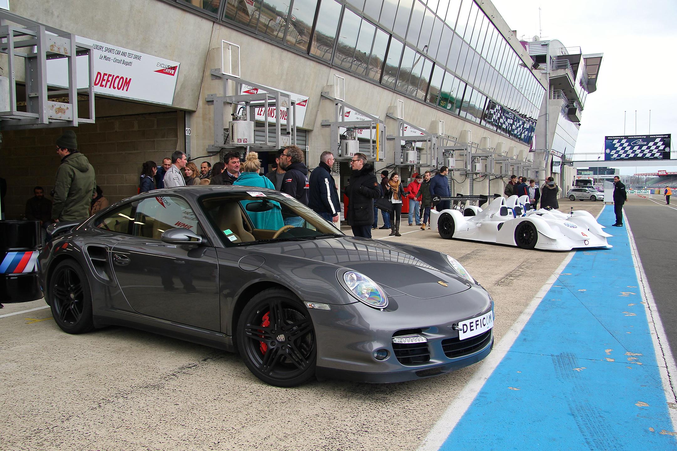 Porsche - ready - Pitlane circuit Bugatti - Exclusive Drive 2017 - photo Ludo Ferrari