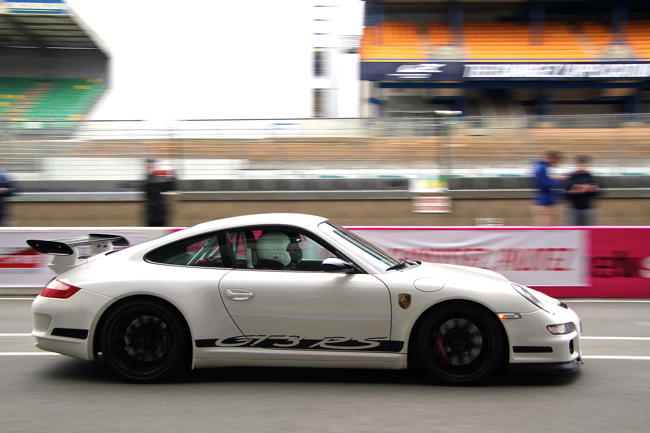 Porsche GT3 RS -  - speed side-face - Exclusive Drive 2017 - photo Ludo Ferrari