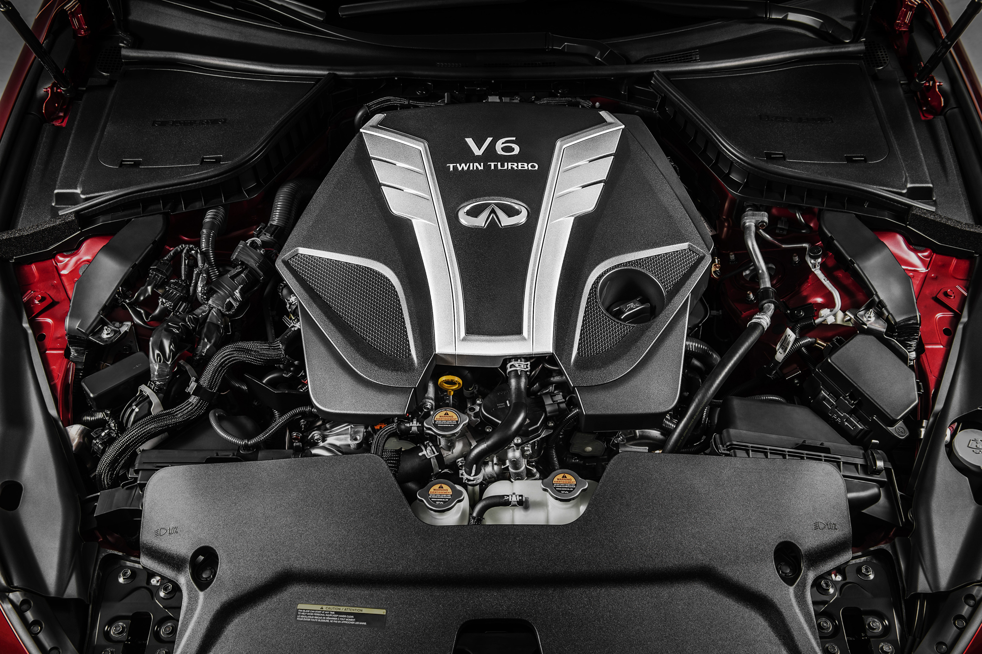 Infiniti 3.0-liter V6 twin-turbo engine - under the hood
