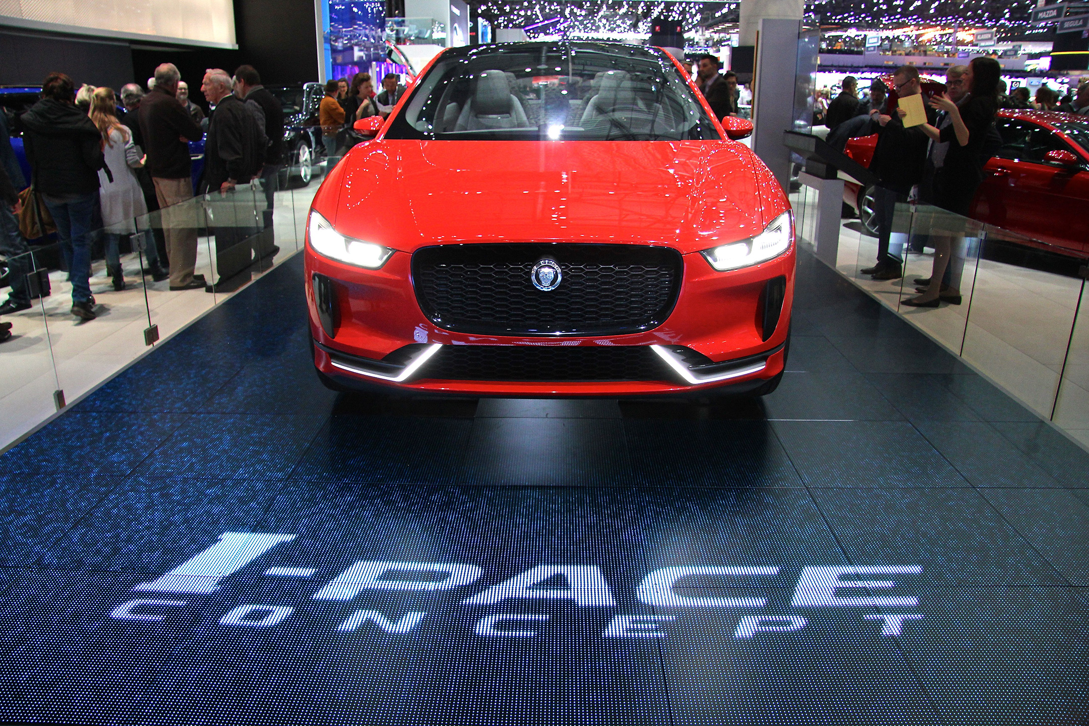 Jaguar I-PACE - front-face - Geneva - 2017 - photo - Ludo Ferrari
