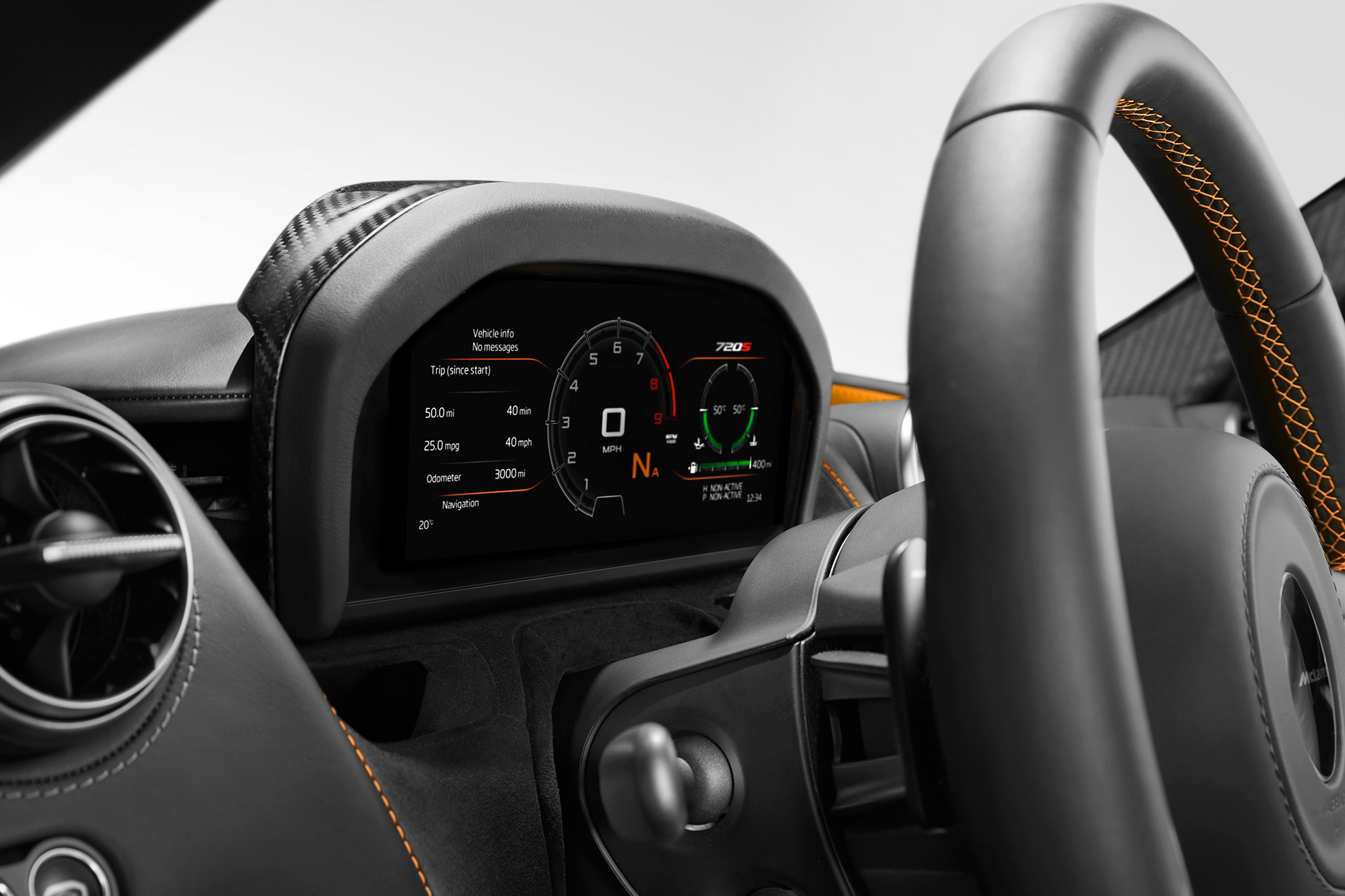 McLaren 720S - 2017 - dashboard maximum