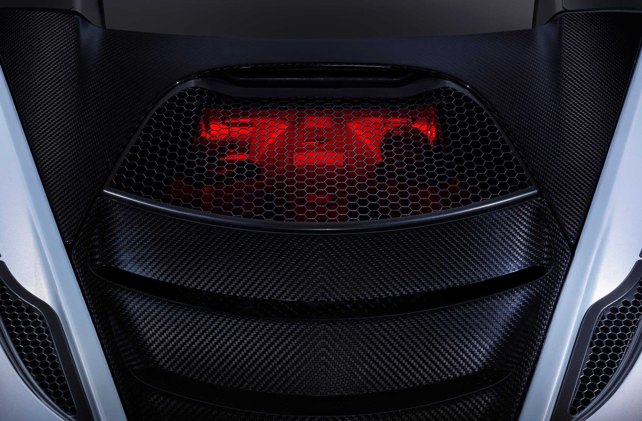 McLaren 720S - 2017 - rear engine top hood