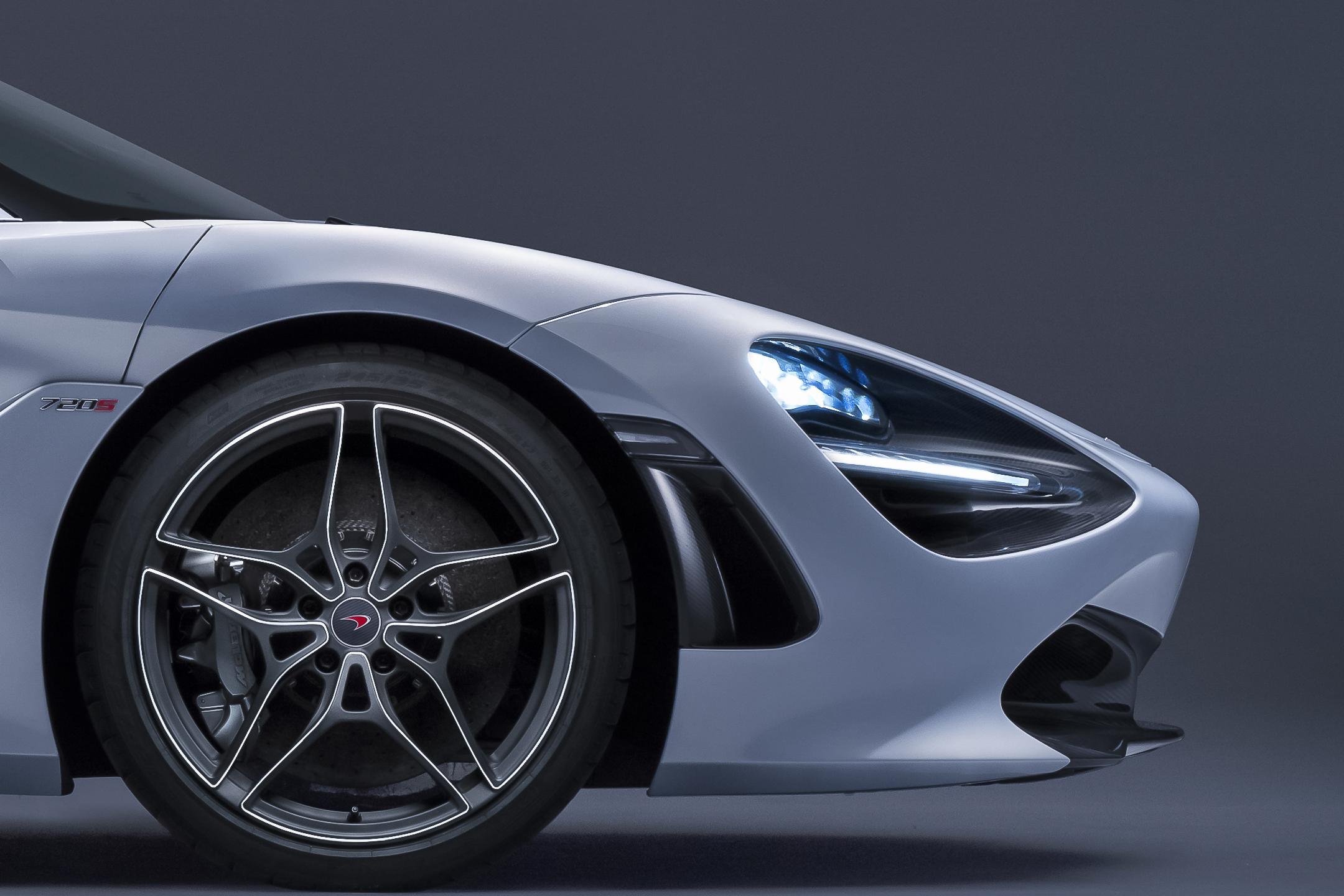 McLaren 720S - 2017 - front wheel / jante roue avant