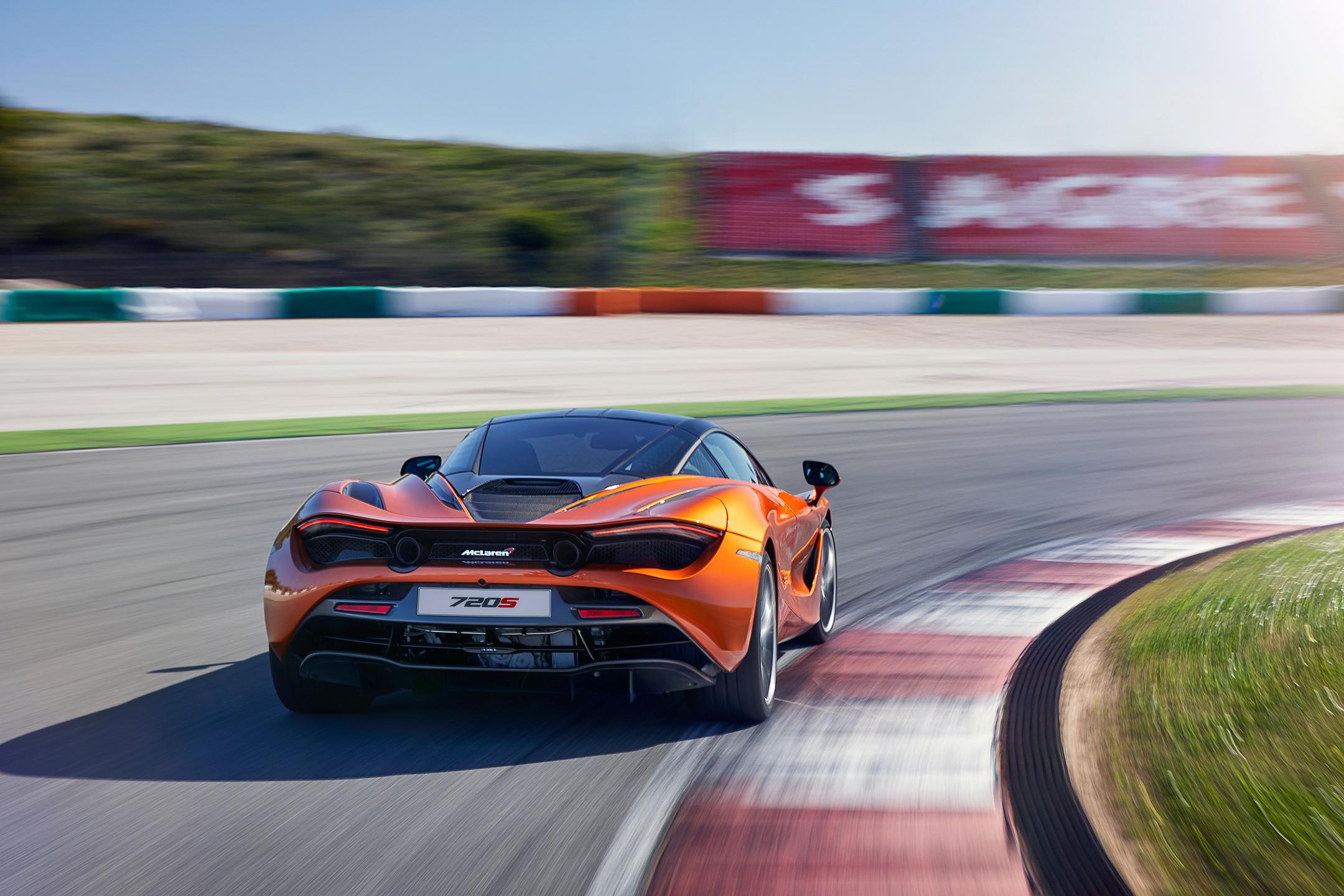 McLaren 720S - 2017 - rear track