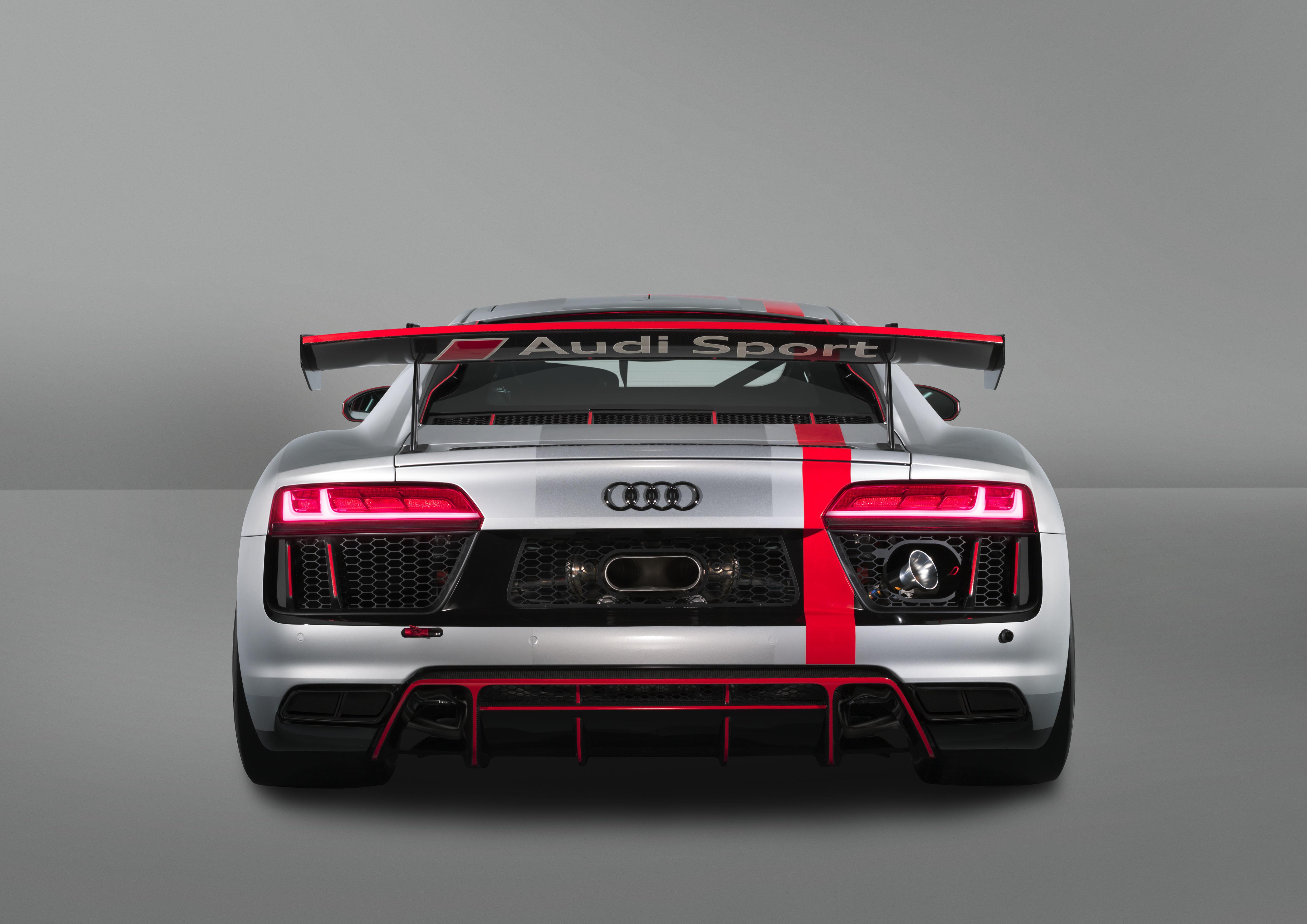 Audi R8 LMS GT4 - 2017 - rear-face / face arrière