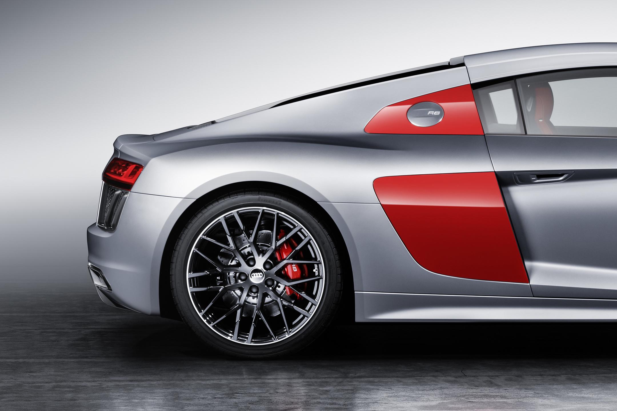 Audi R8 Coupe Audi Sport Edition Livree De Rouge D Argent
