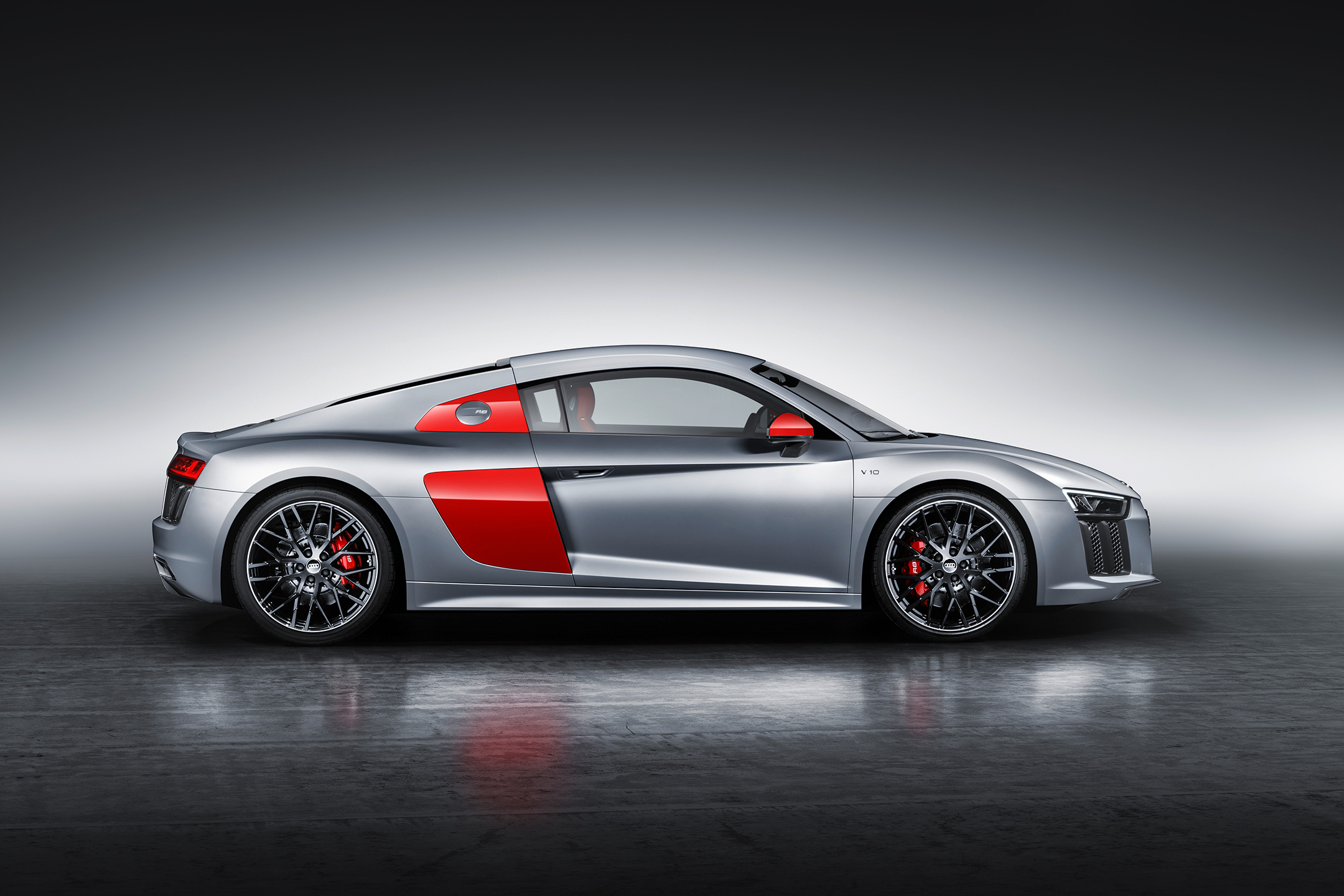 Audi R8 coupe Audi Sport Edition - 2017 - side-face / profil