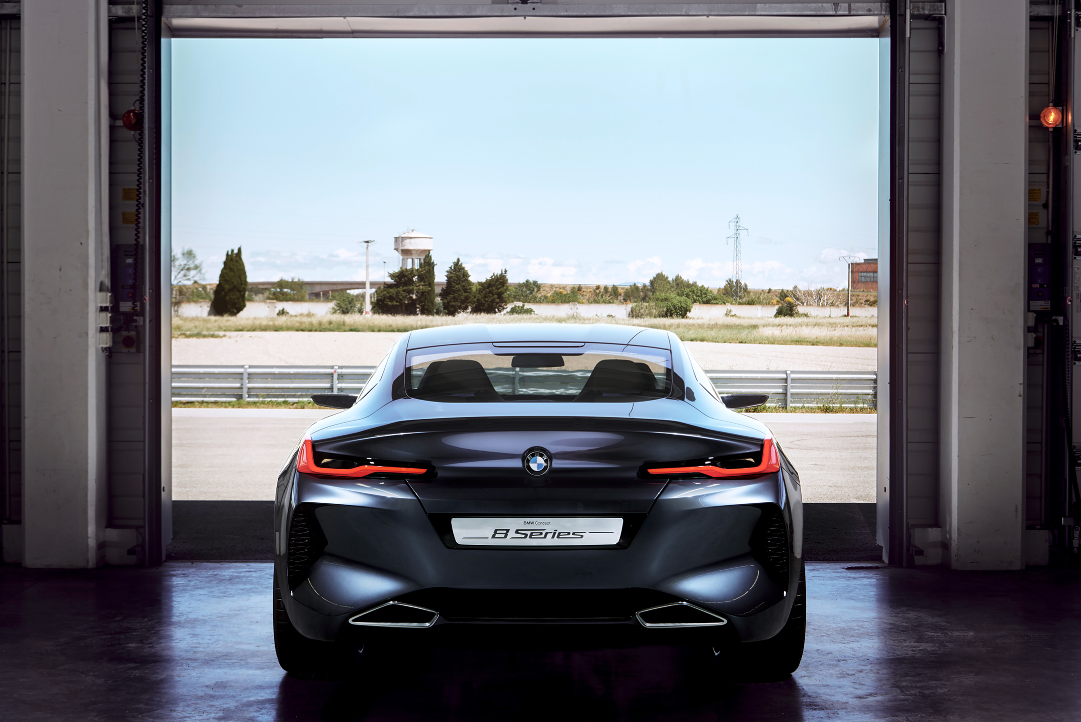 BMW concept 8 series - 2017 - rear box