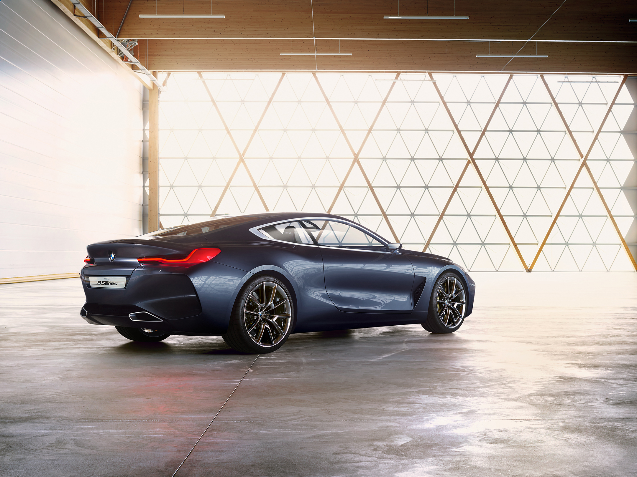 BMW concept 8 series - 2017 - rear side-face / profil arrière