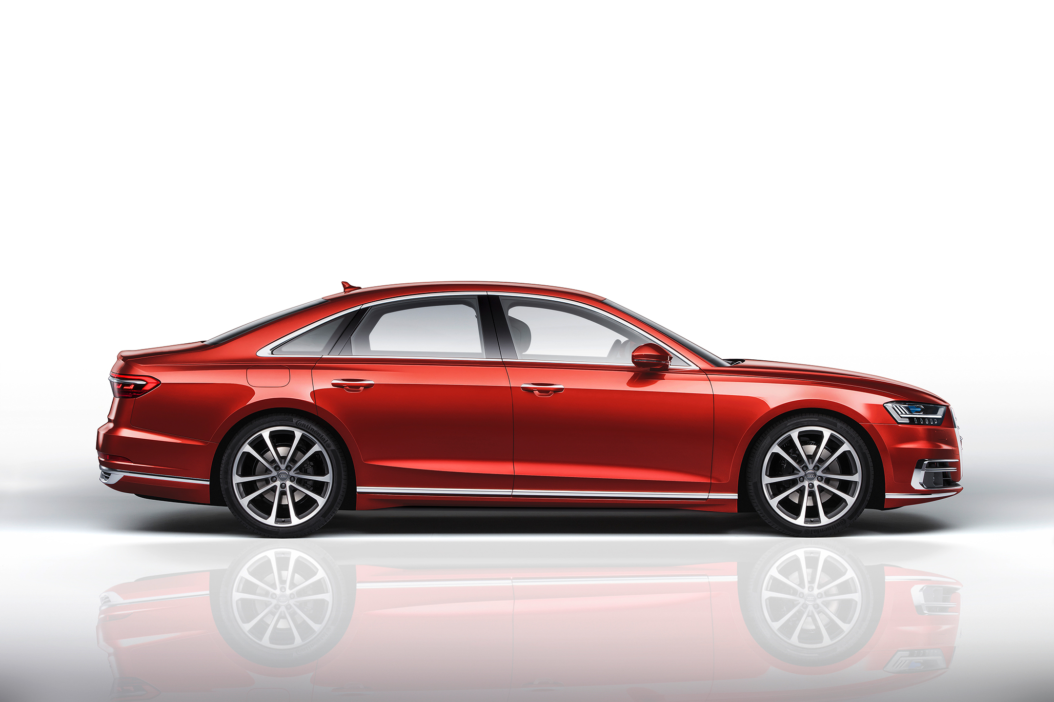 Audi A8 - 2017 - side-face  / profil