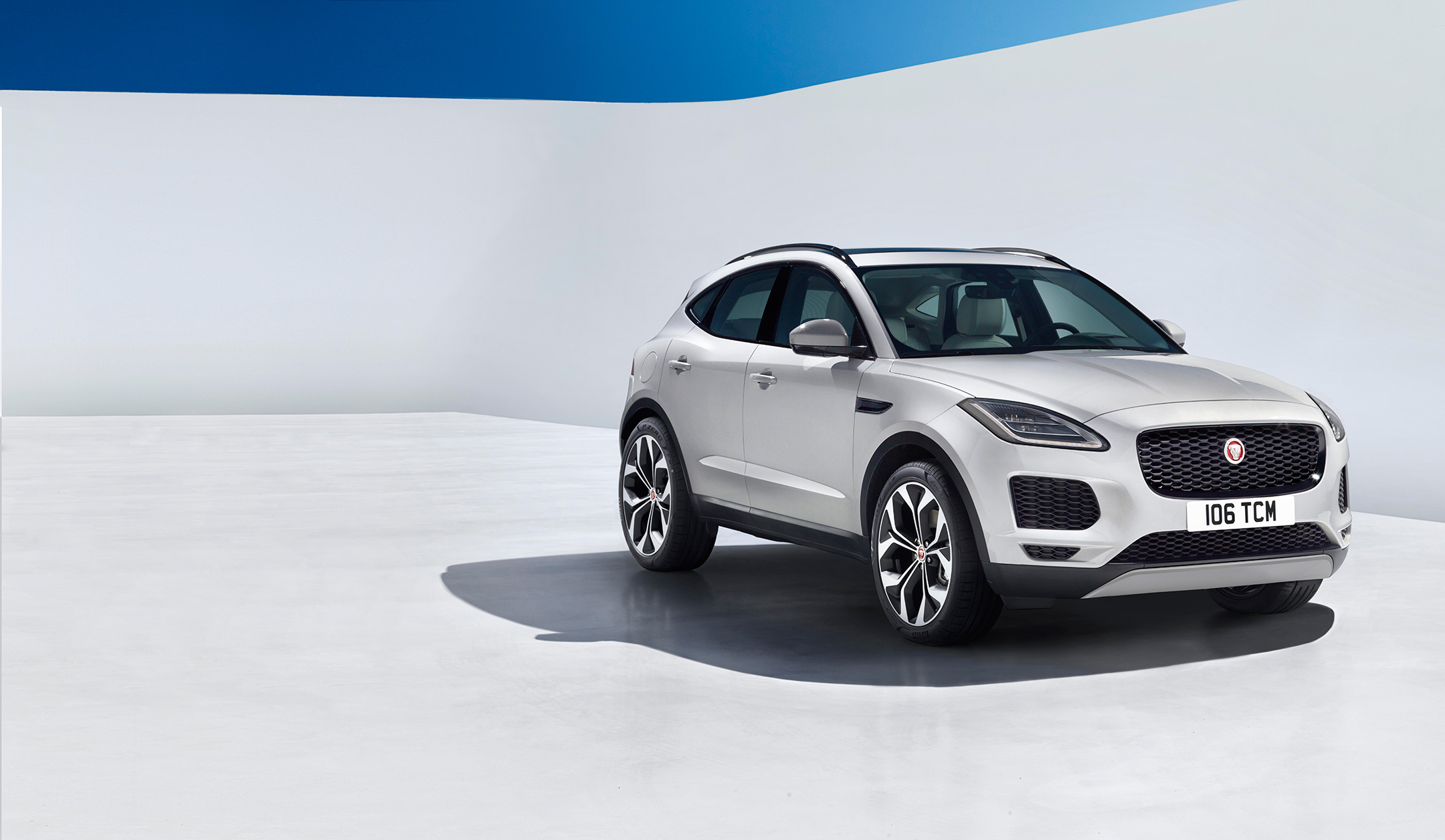 Jaguar E-PACE - 2017 - front side-face