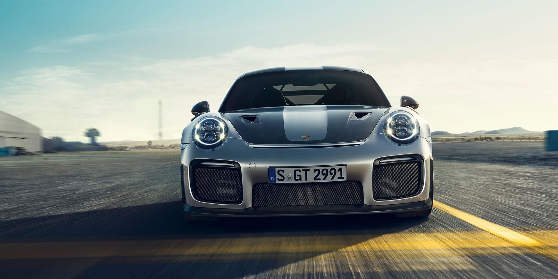 Porsche 911 GT2 RS - 2017 - front-face / face avant