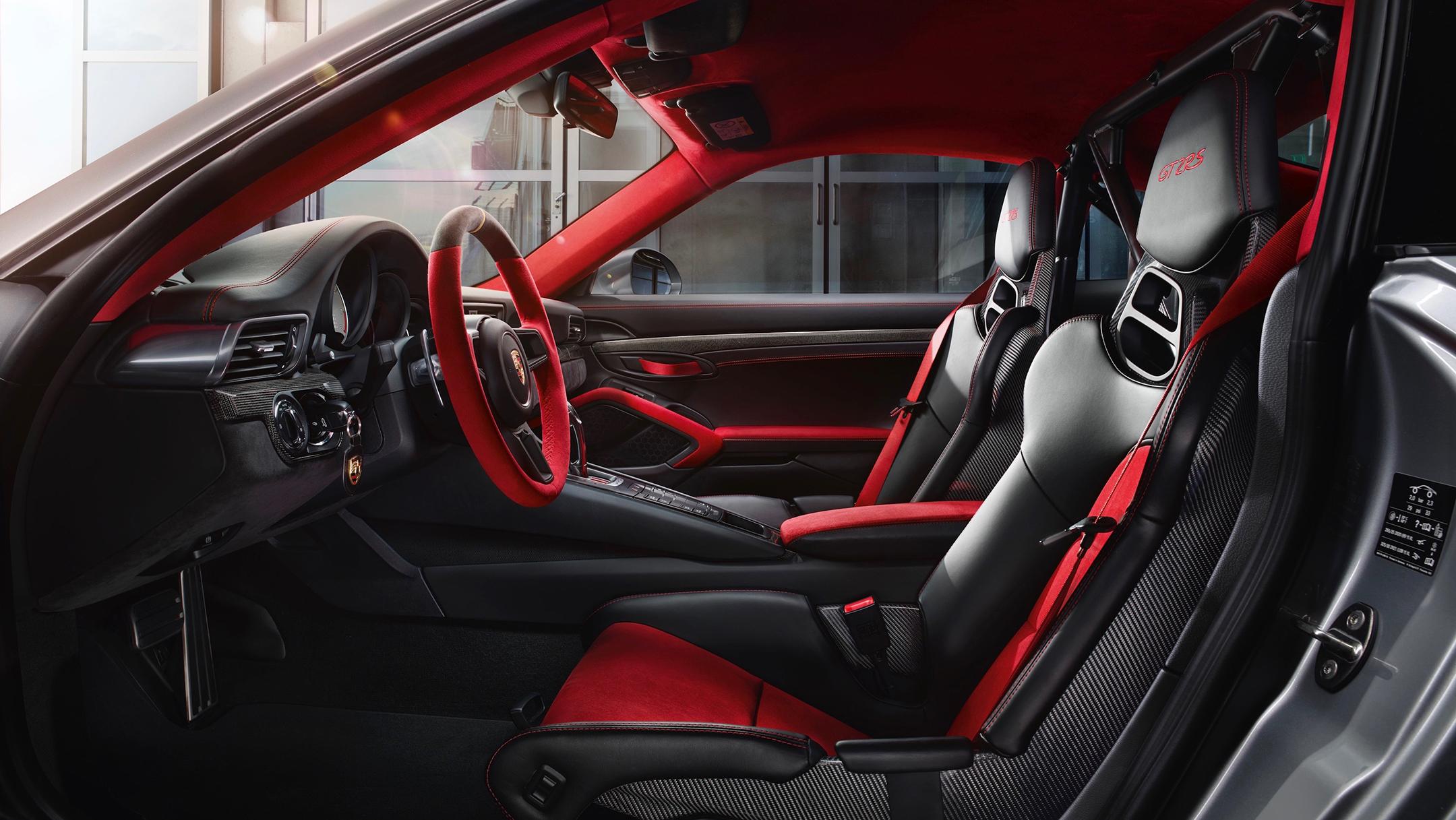 Porsche 911 GT2 RS - 2017 - interior / intérieur
