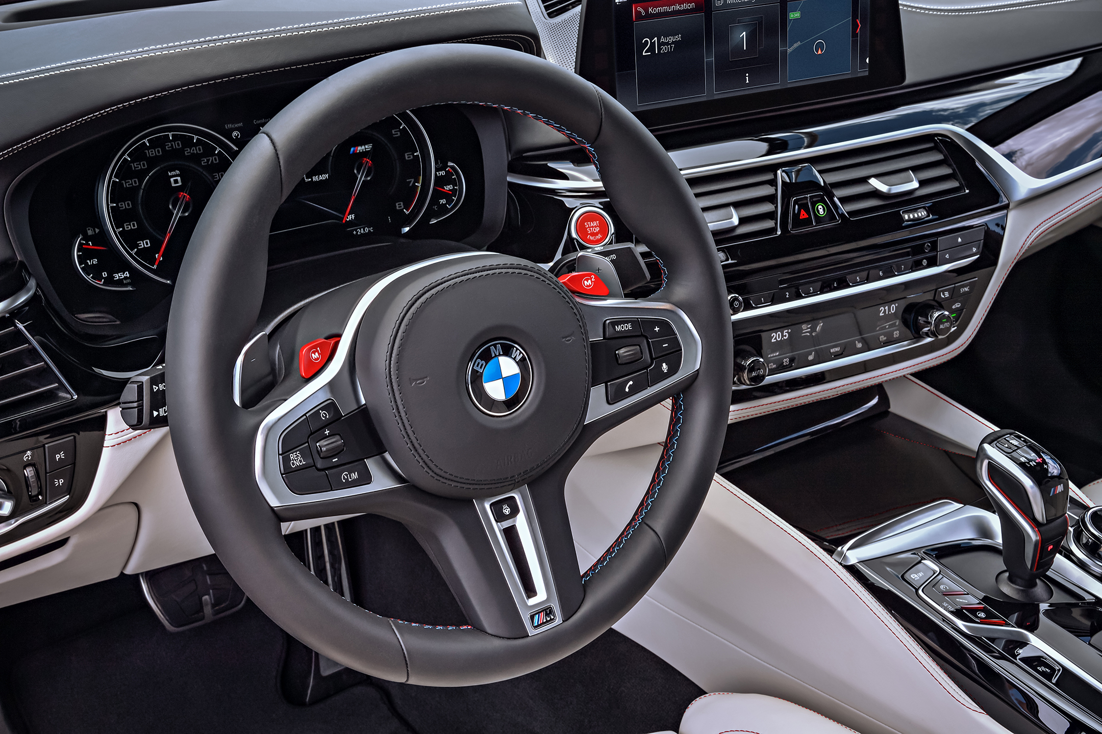 BMW M5 F90 - 2017 - driving wheel / volant