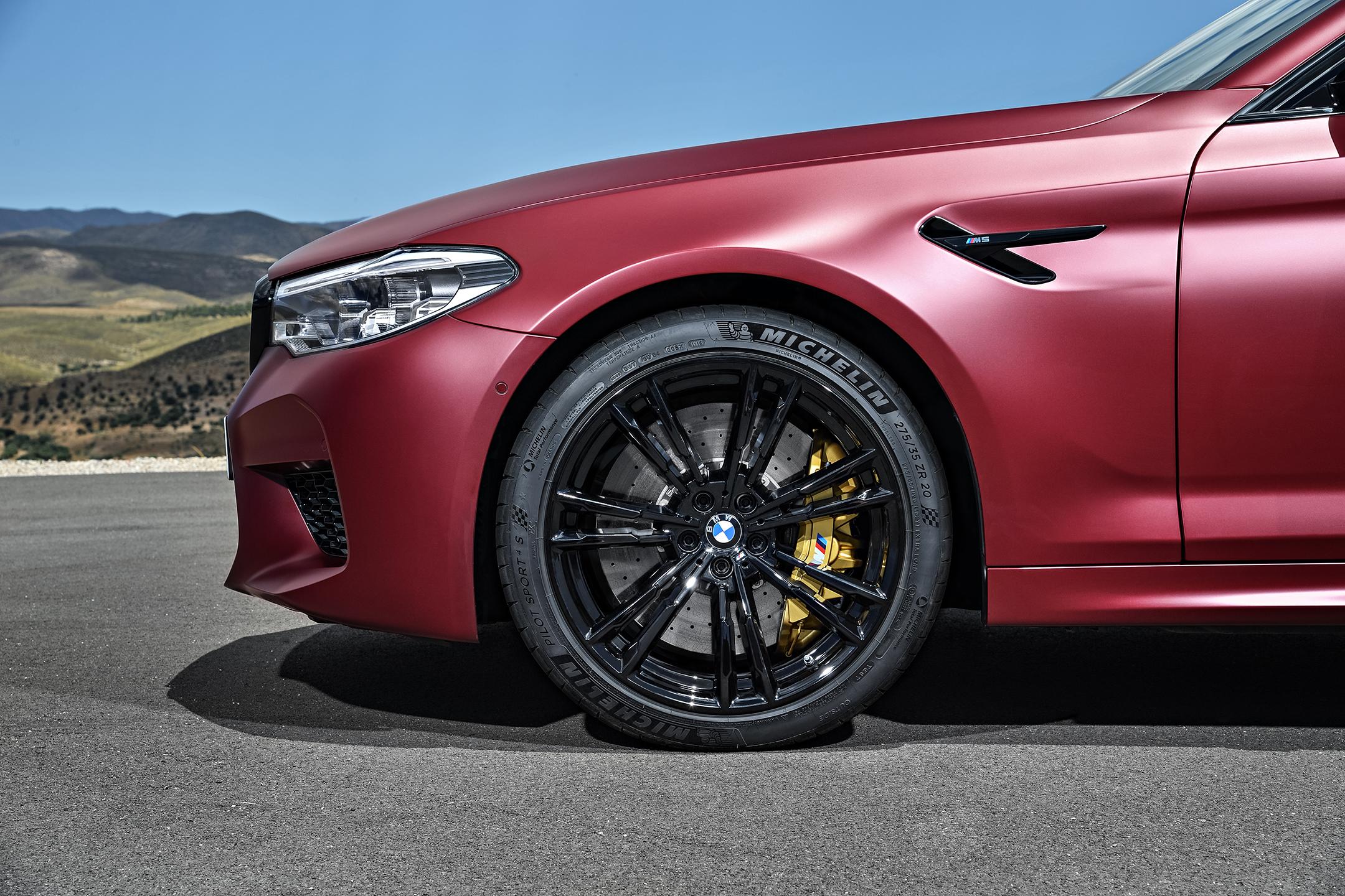 BMW M5 F90 - 2017 - wheel / jante