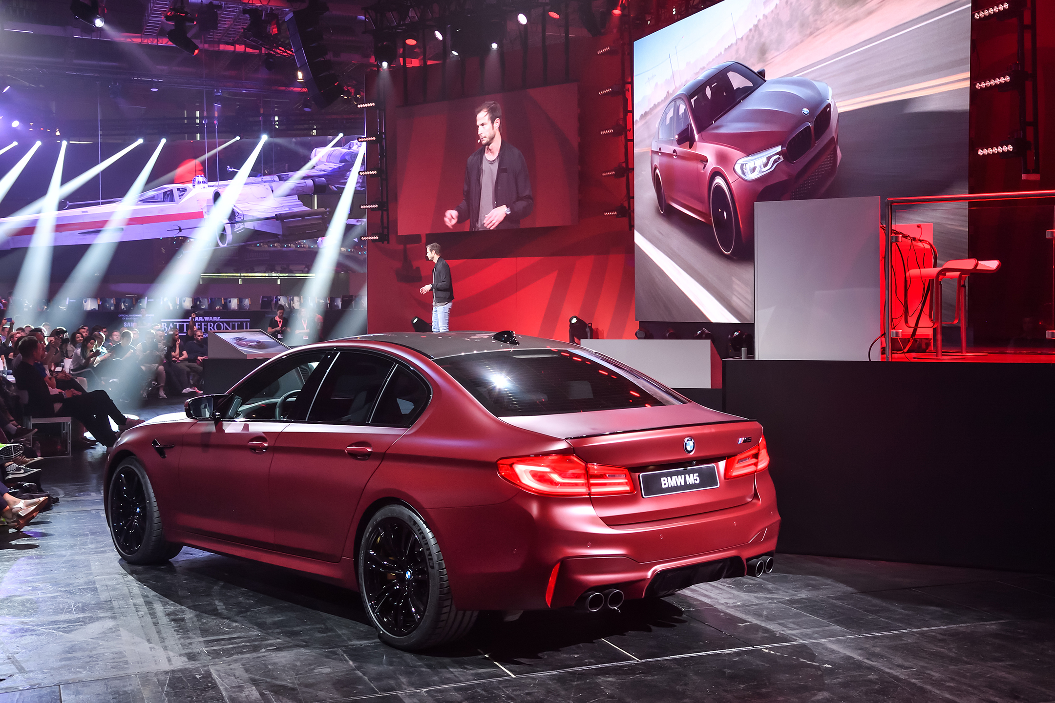 BMW M5 F90 - 2017 - rear / arrière - Gamescom 2017 - EA live - show Need for Speed Payback