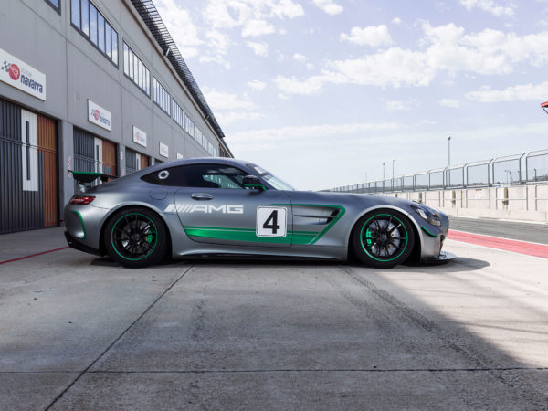 Mercedes-AMG GT4 - 2017 - side-face / profil
