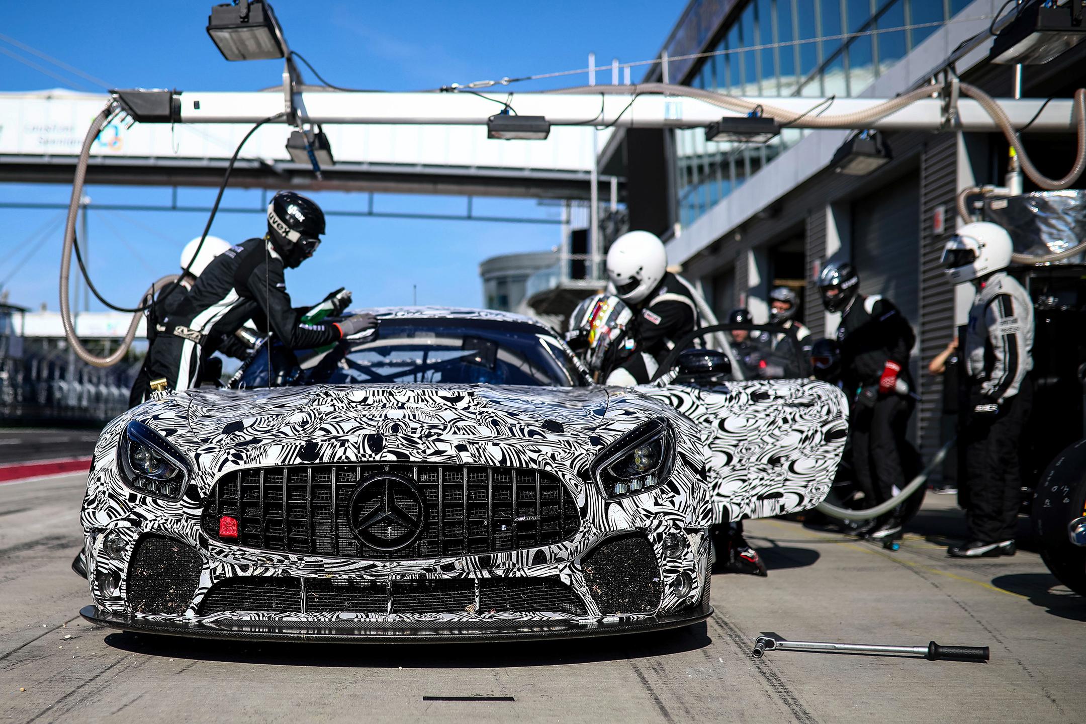 Mercedes-AMG GT4 - 2017 - Teaser - front track pit-stop