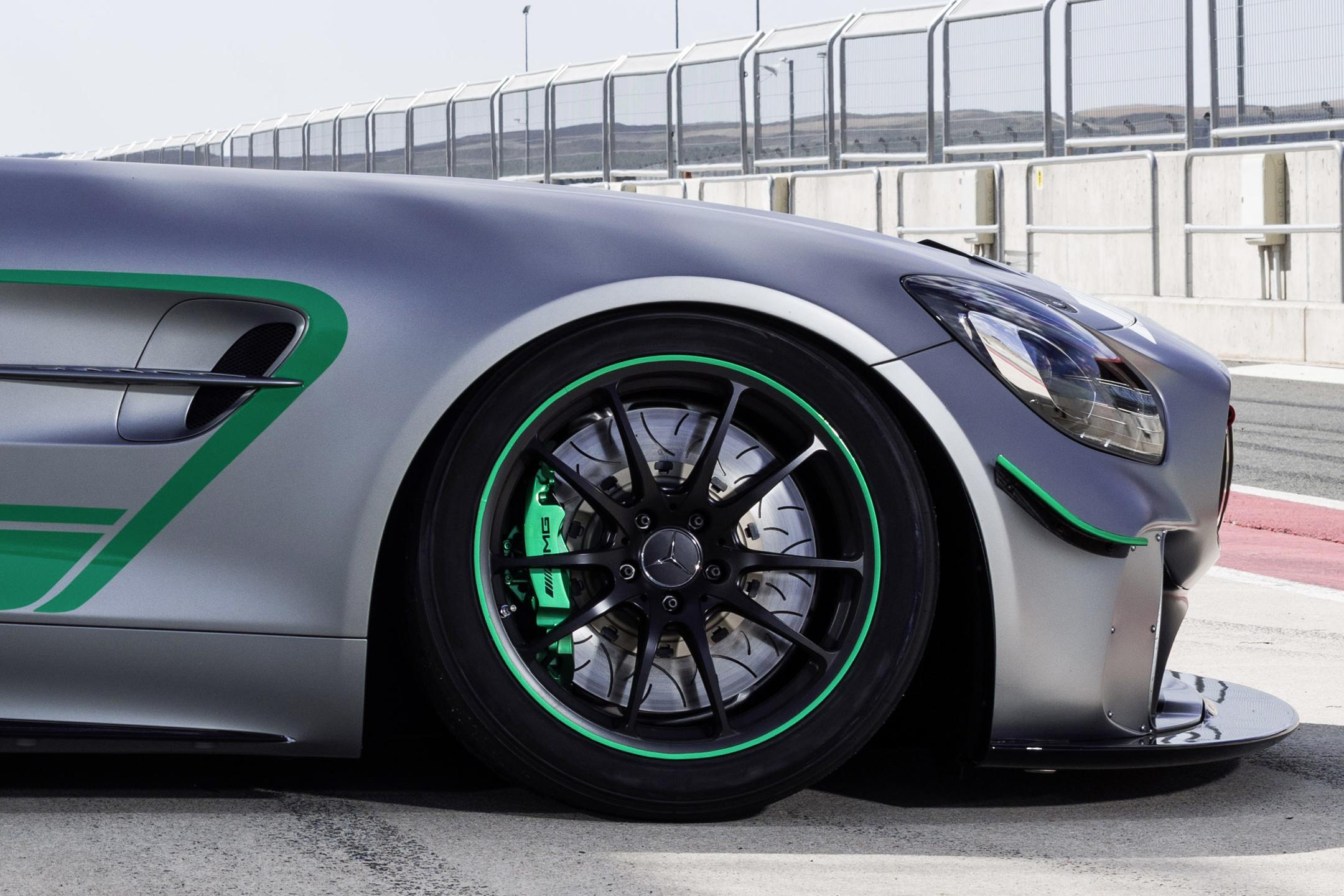 Mercedes-AMG GT4 - 2017 - wheel / jante