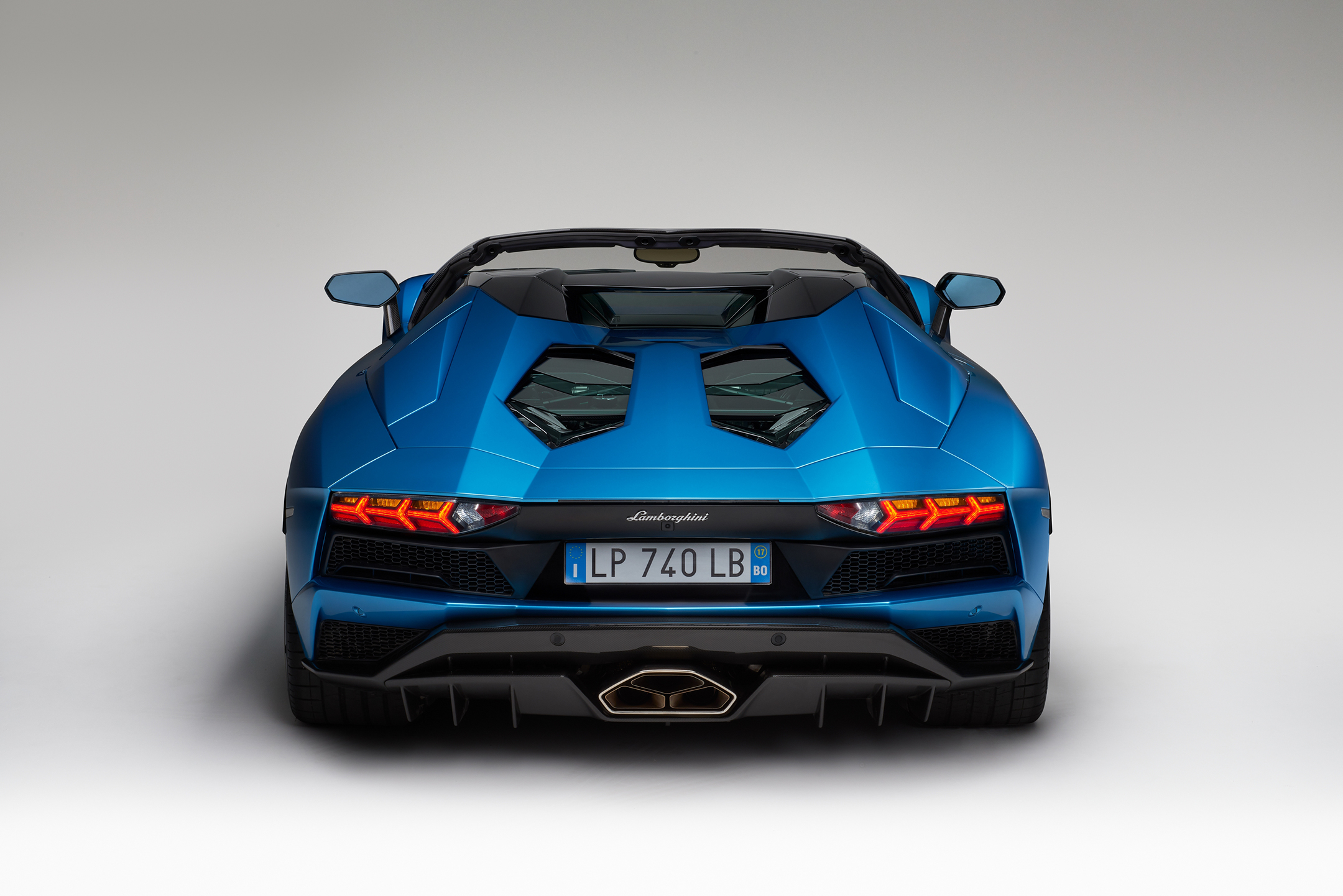Lamborghini Aventador S Roadster - 2017 - rear-face / face arrière