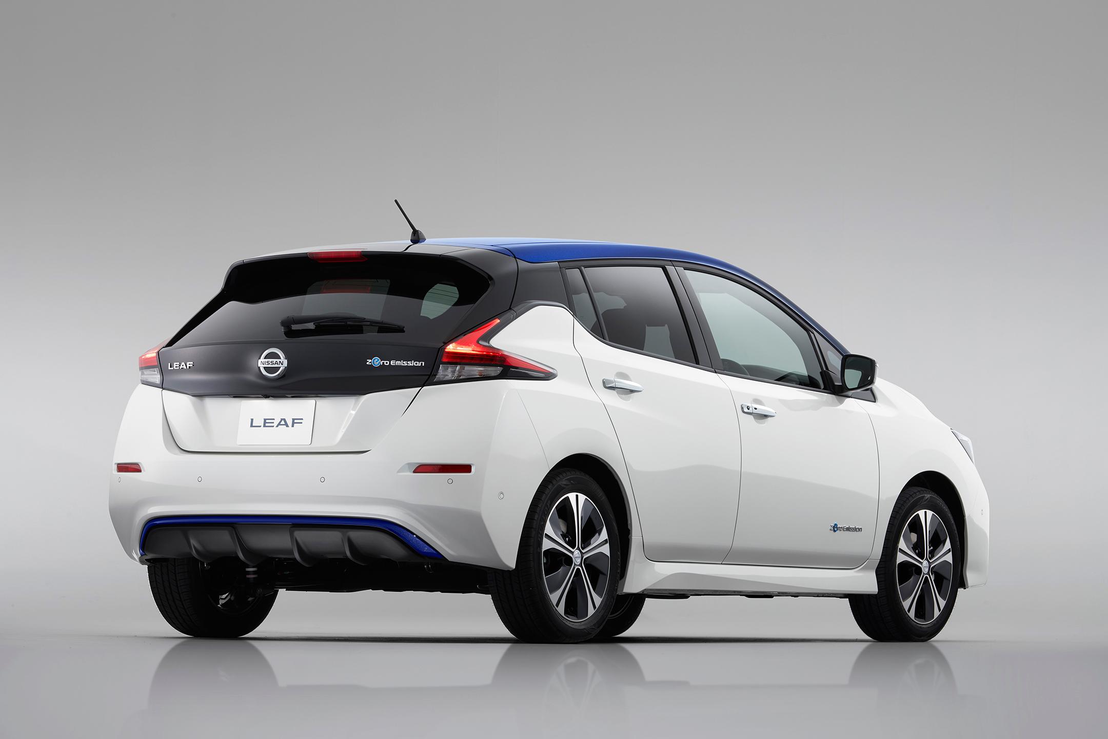 Nissan LEAF 2.0 - 2017 - rear side-face / profil arrière