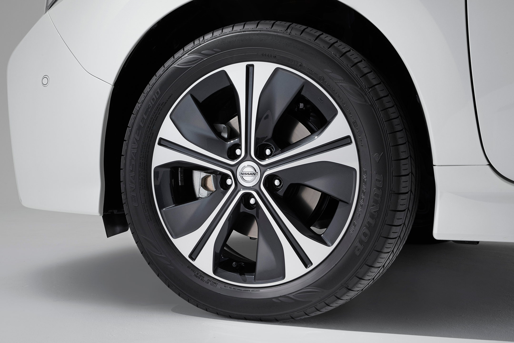 Nissan LEAF 2.0 - 2017 - wheel / jante