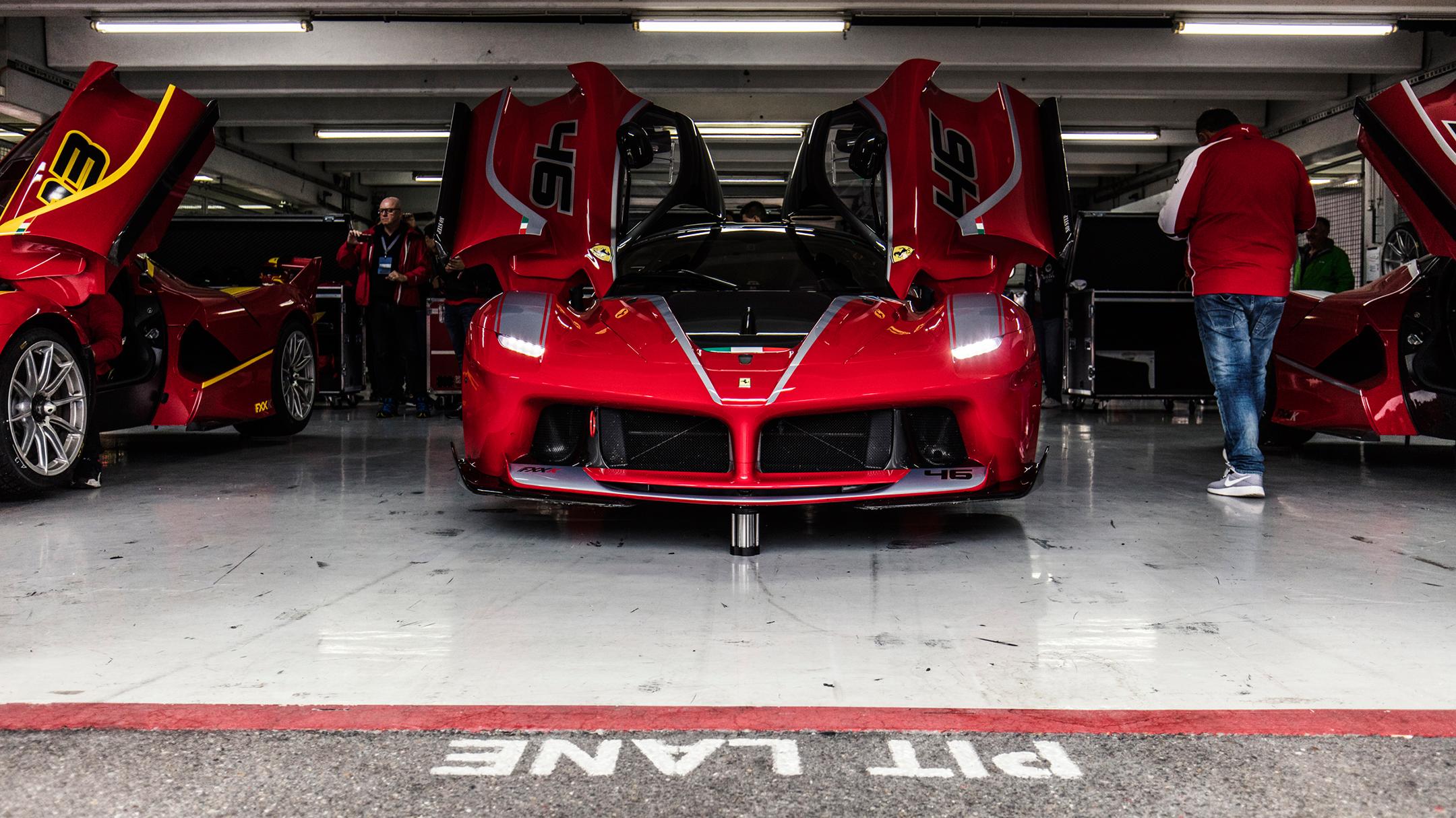 Ferrari FXX K - 2017 - pit-lane - Hockenheim circuit - Ferrari 70 anniversary