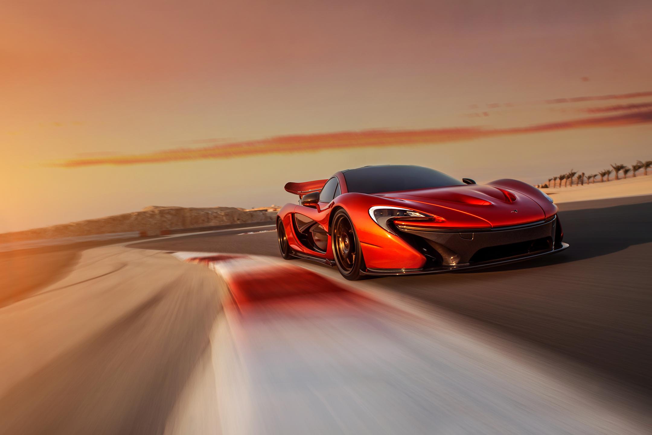 McLaren P1 - 2012 - front track