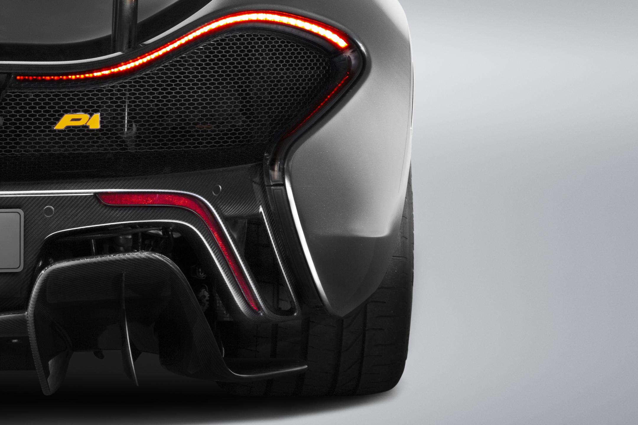 McLaren P1 MSO - 2015 - rear-face / face arrière - zoom