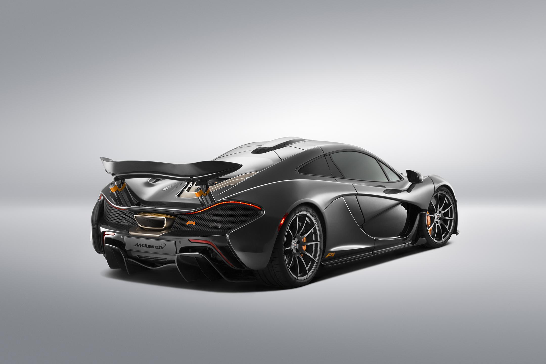 McLaren P1 MSO - 2015 - rear side-face / profil arrière
