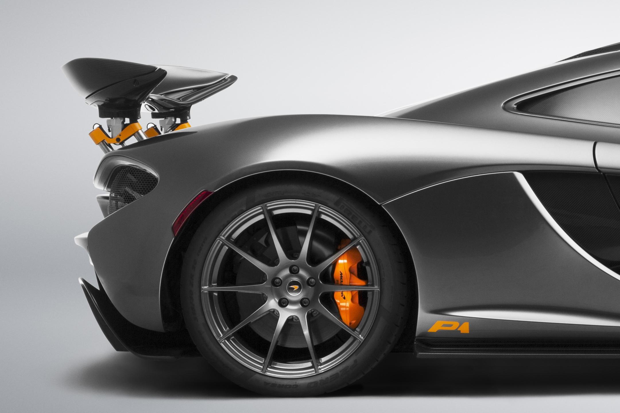 McLaren P1 MSO - 2015 - rear wheel / jante arrière